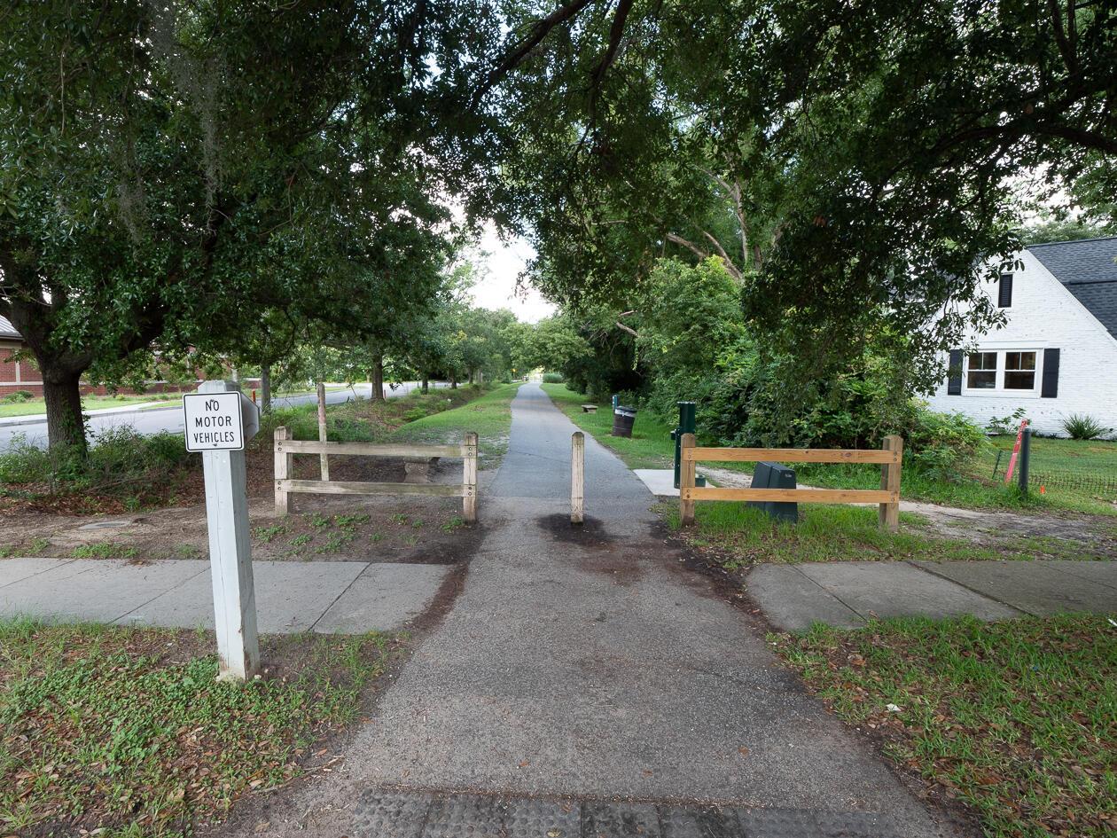 24 Chadwick Drive Charleston, SC 29407