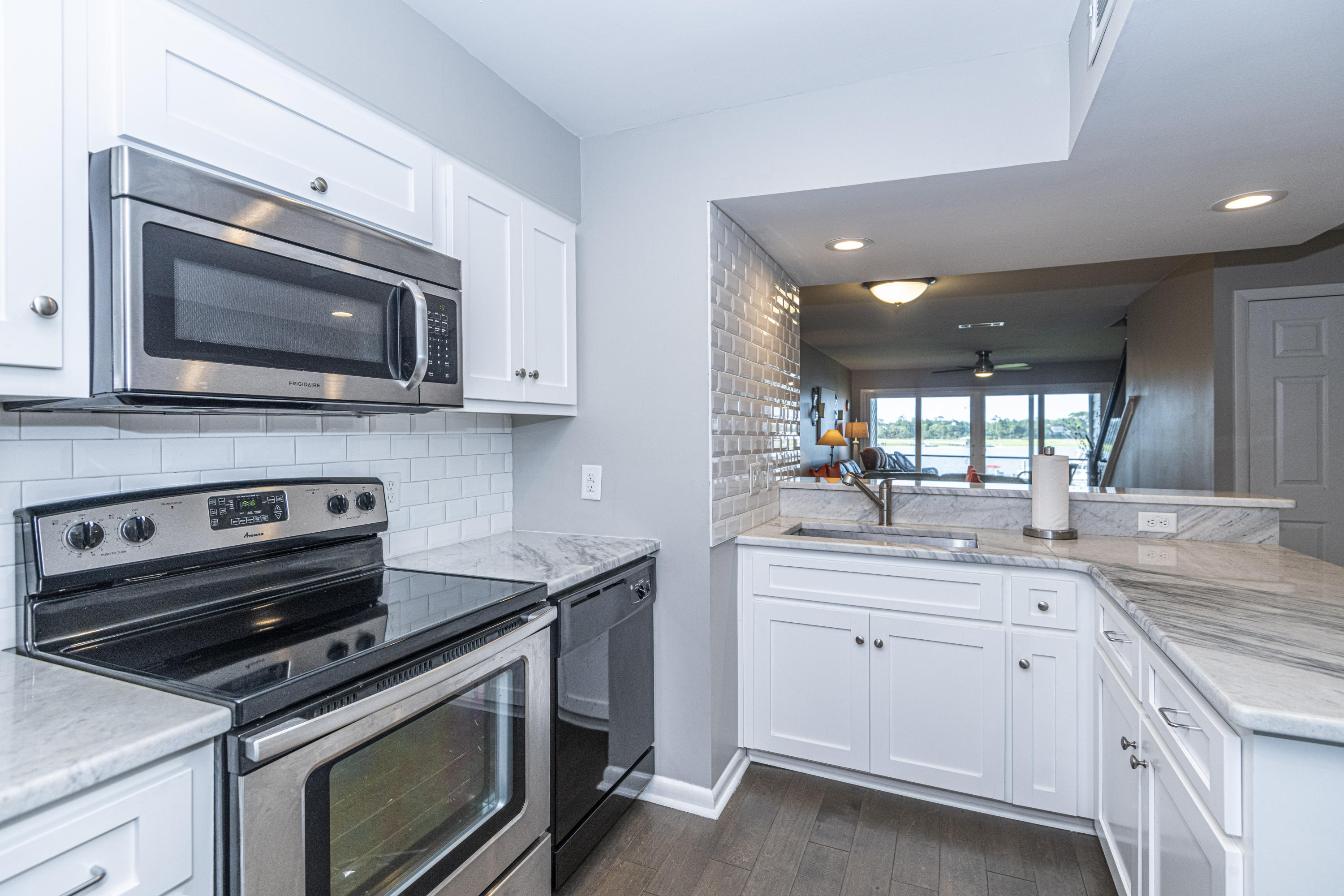 Mariners Cay Homes For Sale - 71 Mariners Cay, Folly Beach, SC - 4