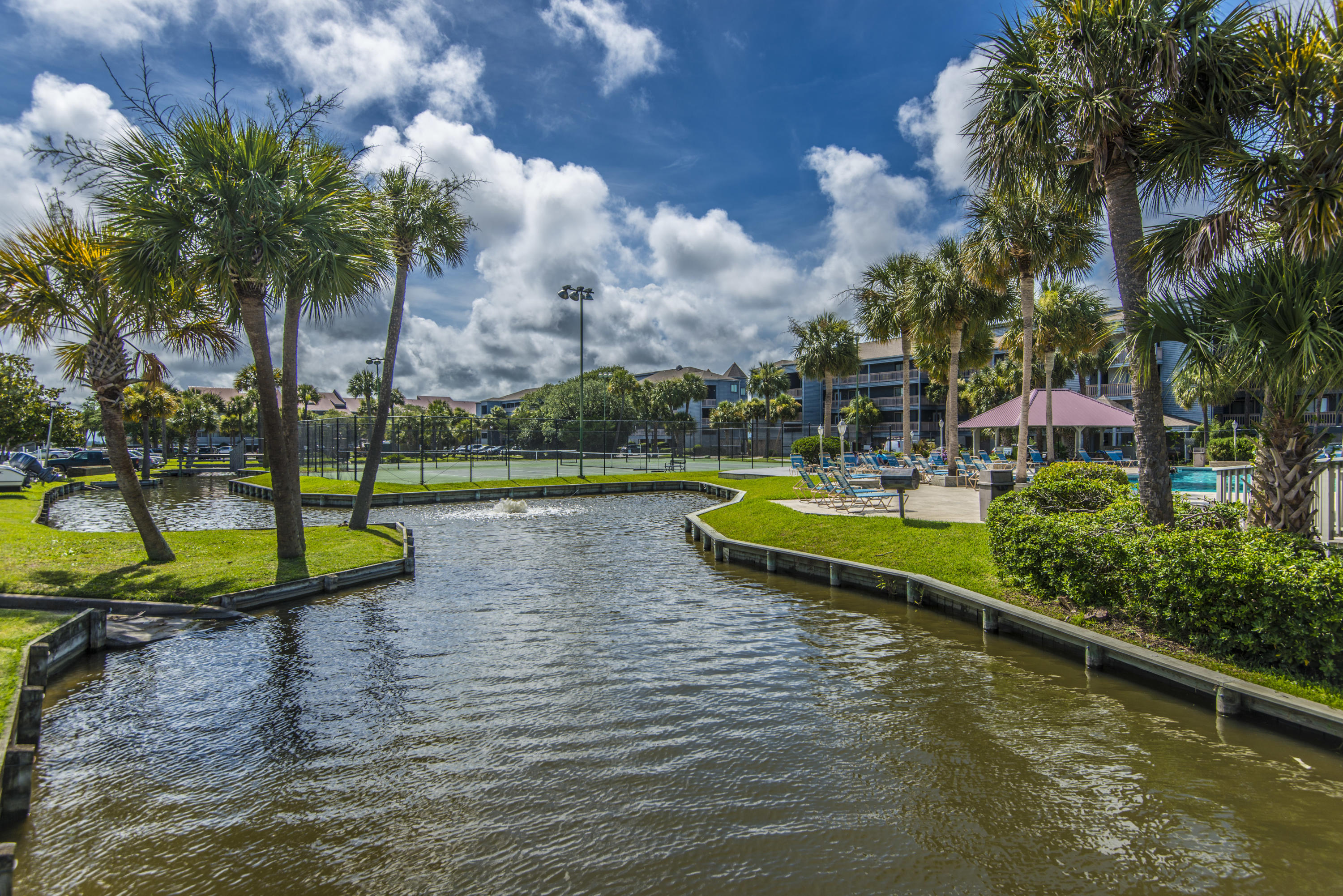 Mariners Cay Homes For Sale - 71 Mariners Cay, Folly Beach, SC - 24