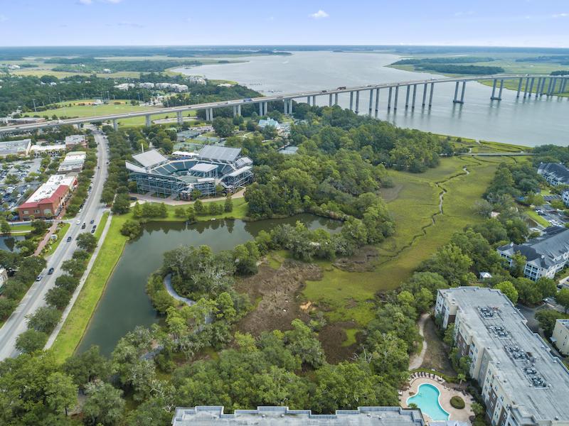 200 River Landing Drive UNIT H202 Charleston, SC 29492