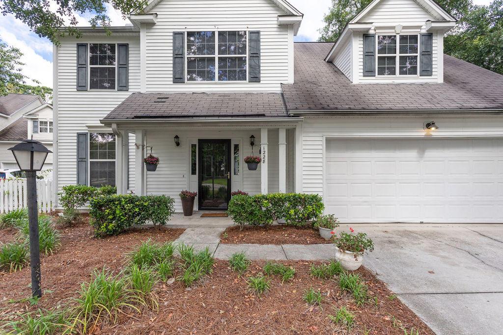 Waters Edge Homes For Sale - 1228 Winding Ridge, Mount Pleasant, SC - 21