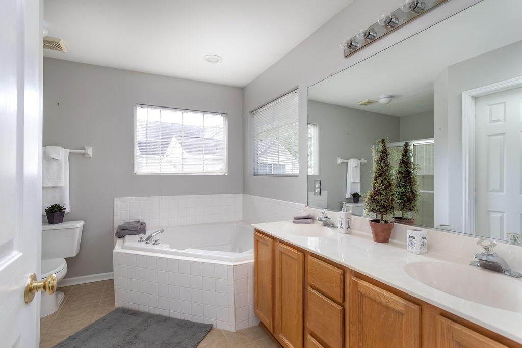 Waters Edge Homes For Sale - 1228 Winding Ridge, Mount Pleasant, SC - 11
