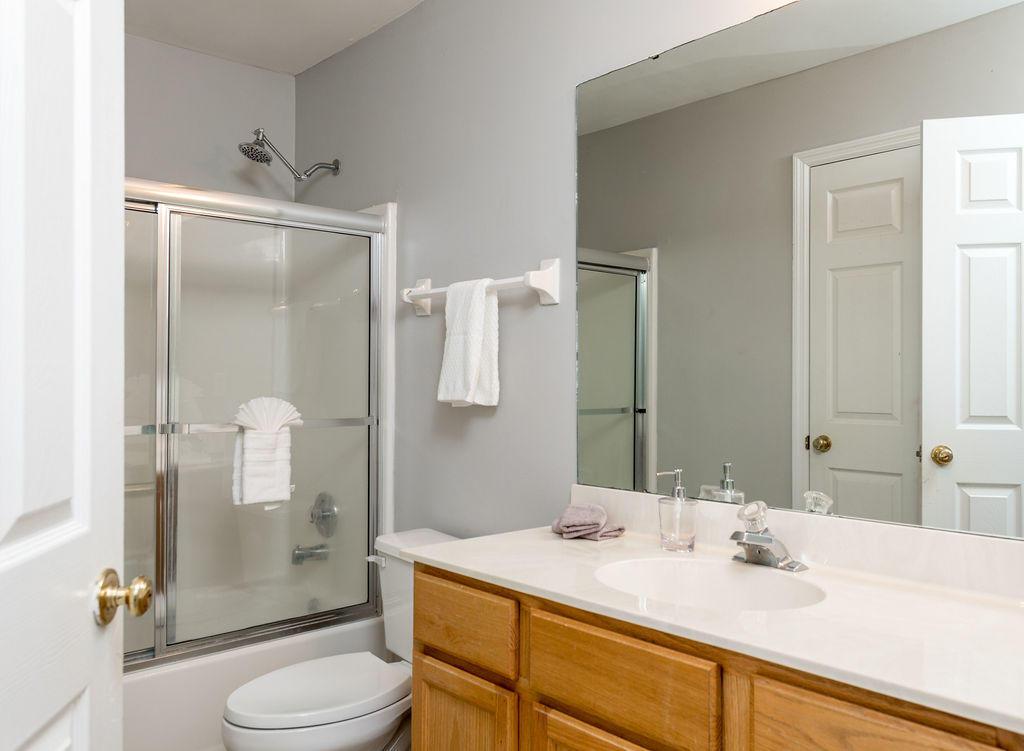 Waters Edge Homes For Sale - 1228 Winding Ridge, Mount Pleasant, SC - 8