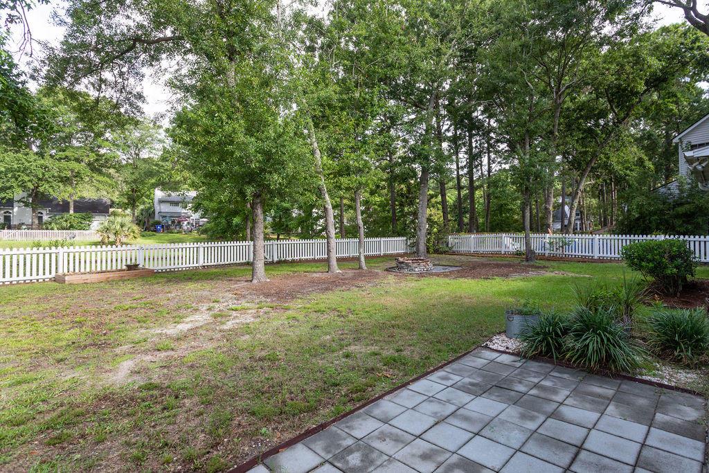 Waters Edge Homes For Sale - 1228 Winding Ridge, Mount Pleasant, SC - 2
