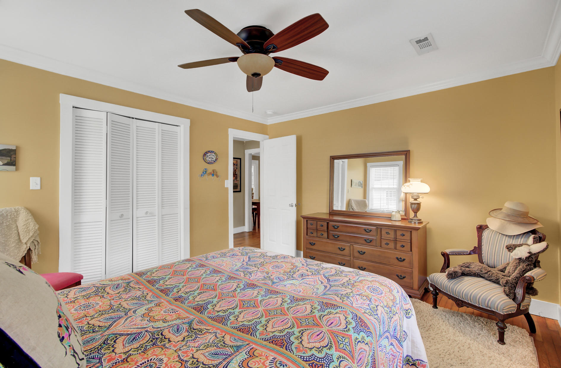 Old Mt Pleasant Homes For Sale - 1466 Barbara, Mount Pleasant, SC - 12