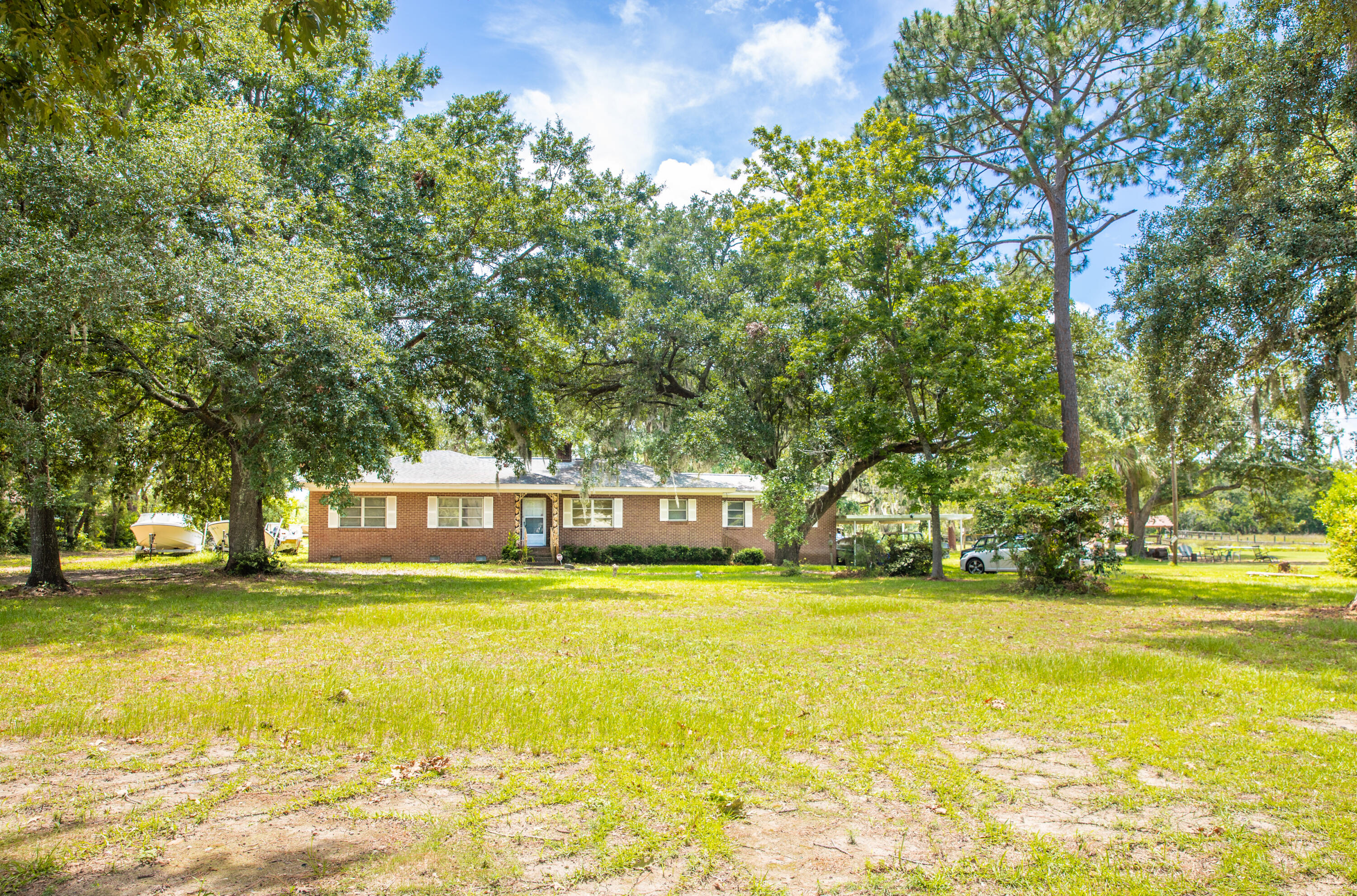 Bayview Acres Homes For Sale - 235 Bayview, Mount Pleasant, SC - 7