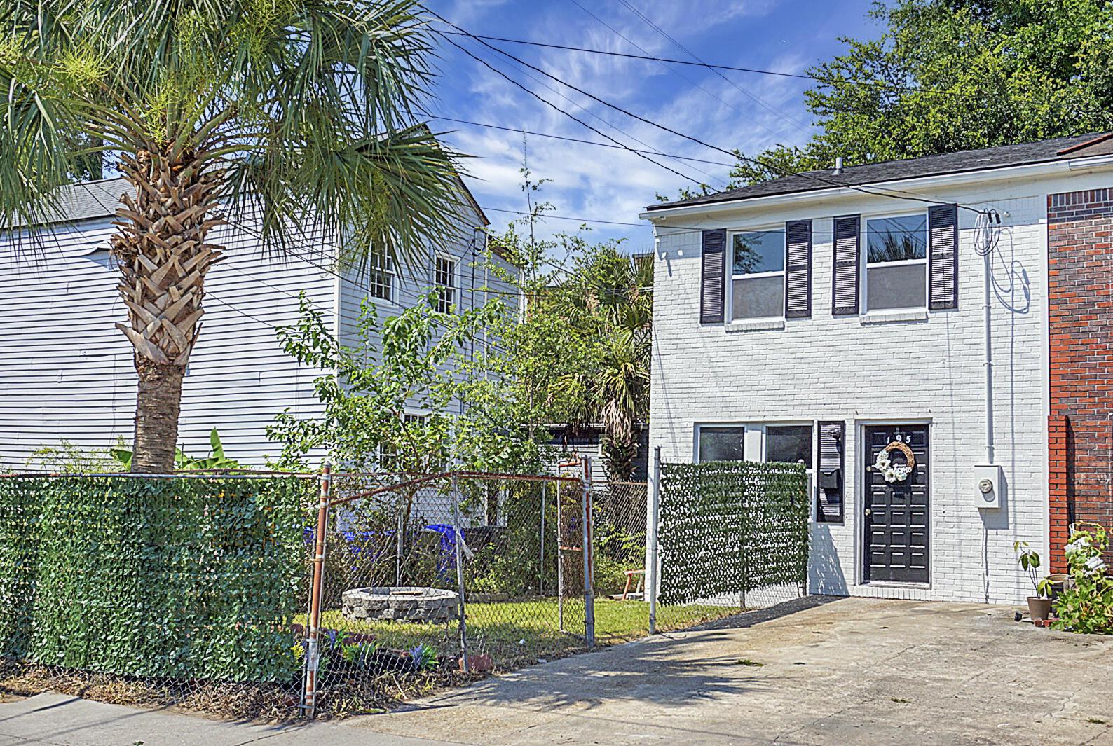 195 Nassau Street Charleston, SC 29403