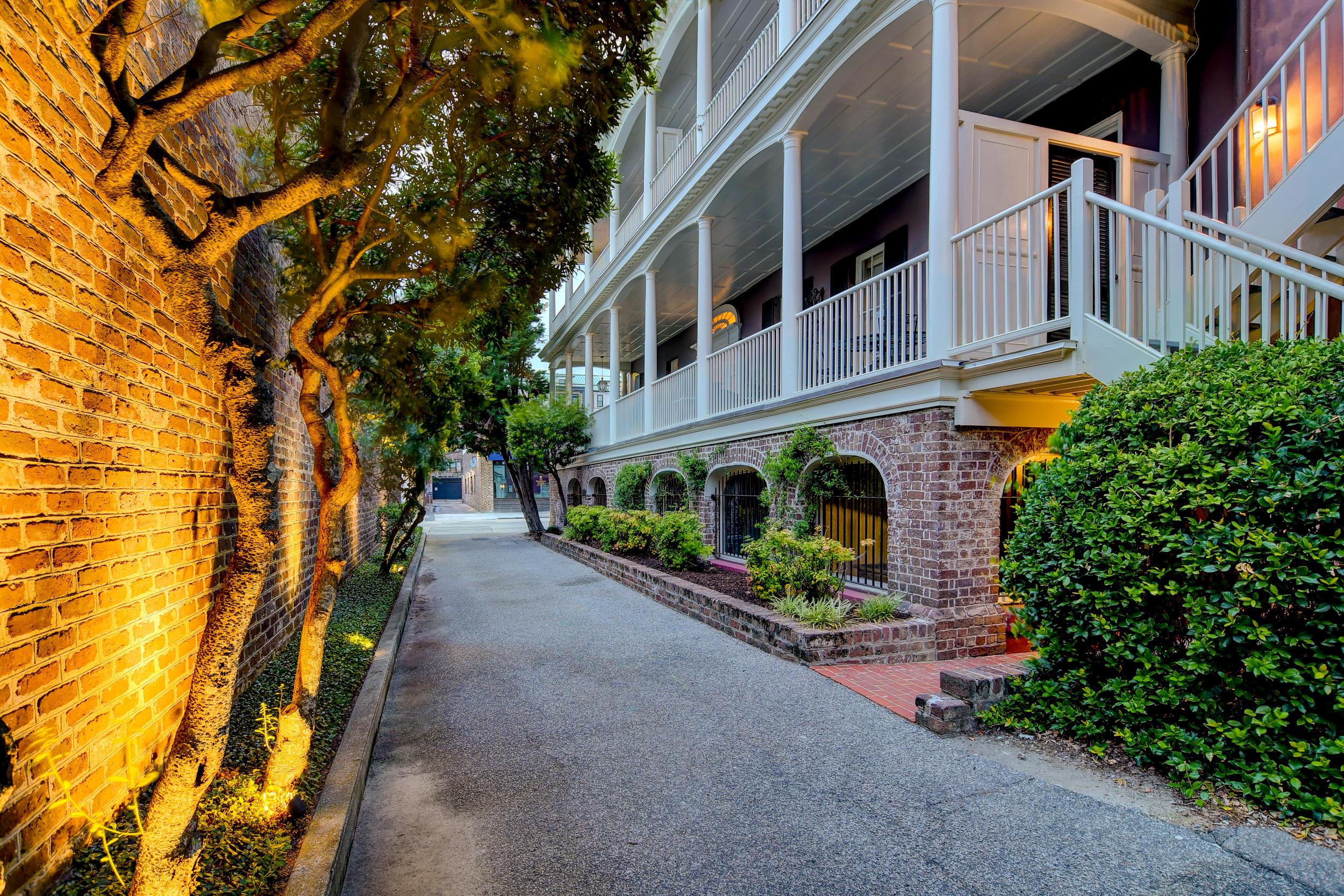 286 Meeting Street UNIT J Charleston, SC 29401