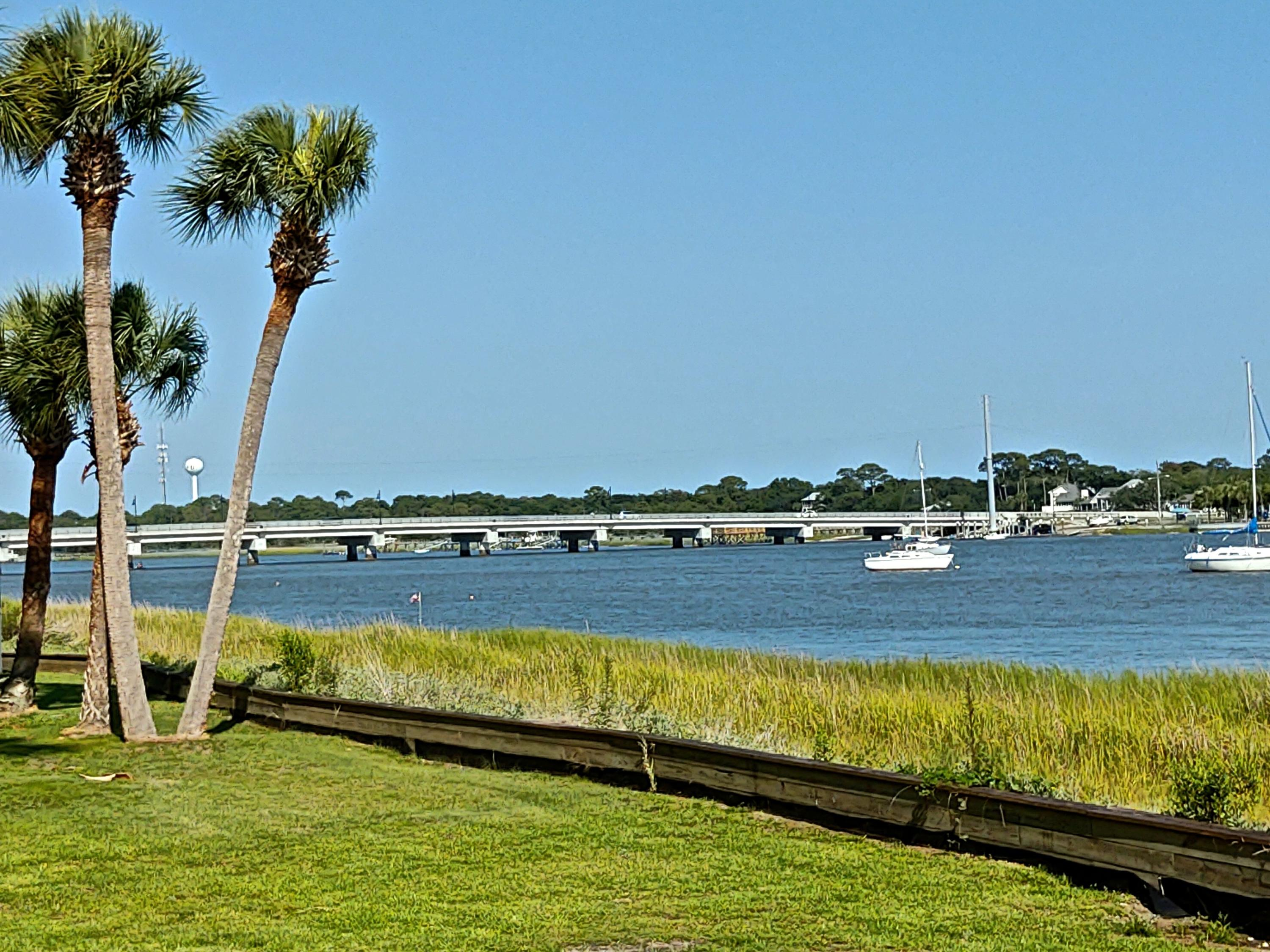 Mariners Cay Homes For Sale - 22 Mariners Cay, Folly Beach, SC - 46