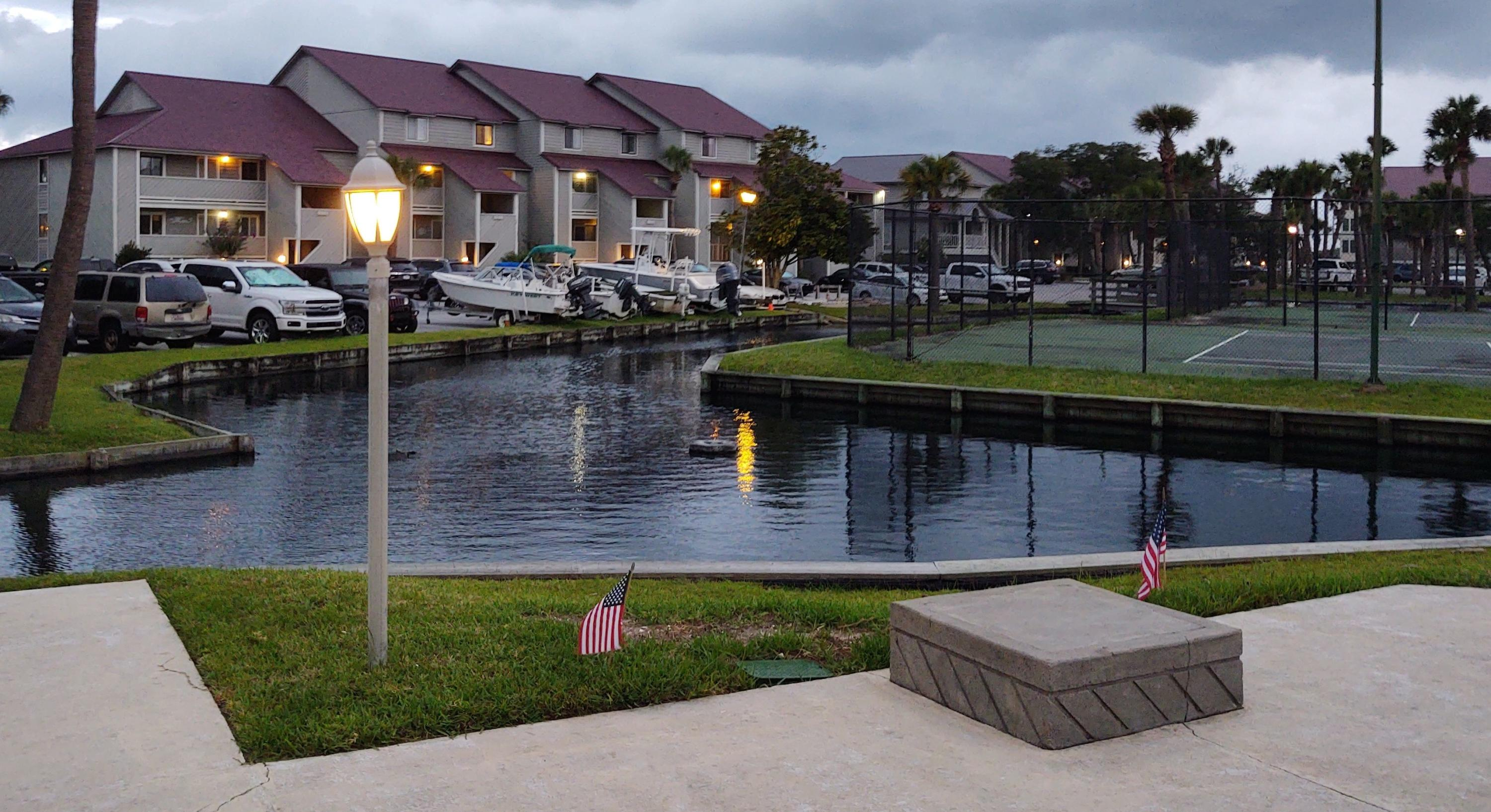 Mariners Cay Homes For Sale - 22 Mariners Cay, Folly Beach, SC - 12