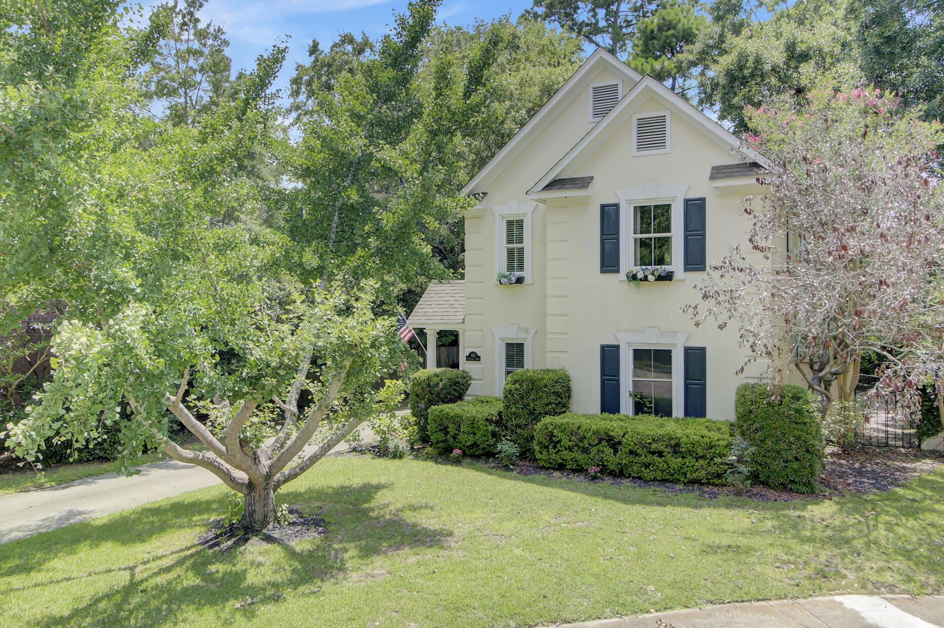 963 Governors Court Mount Pleasant, SC 29464