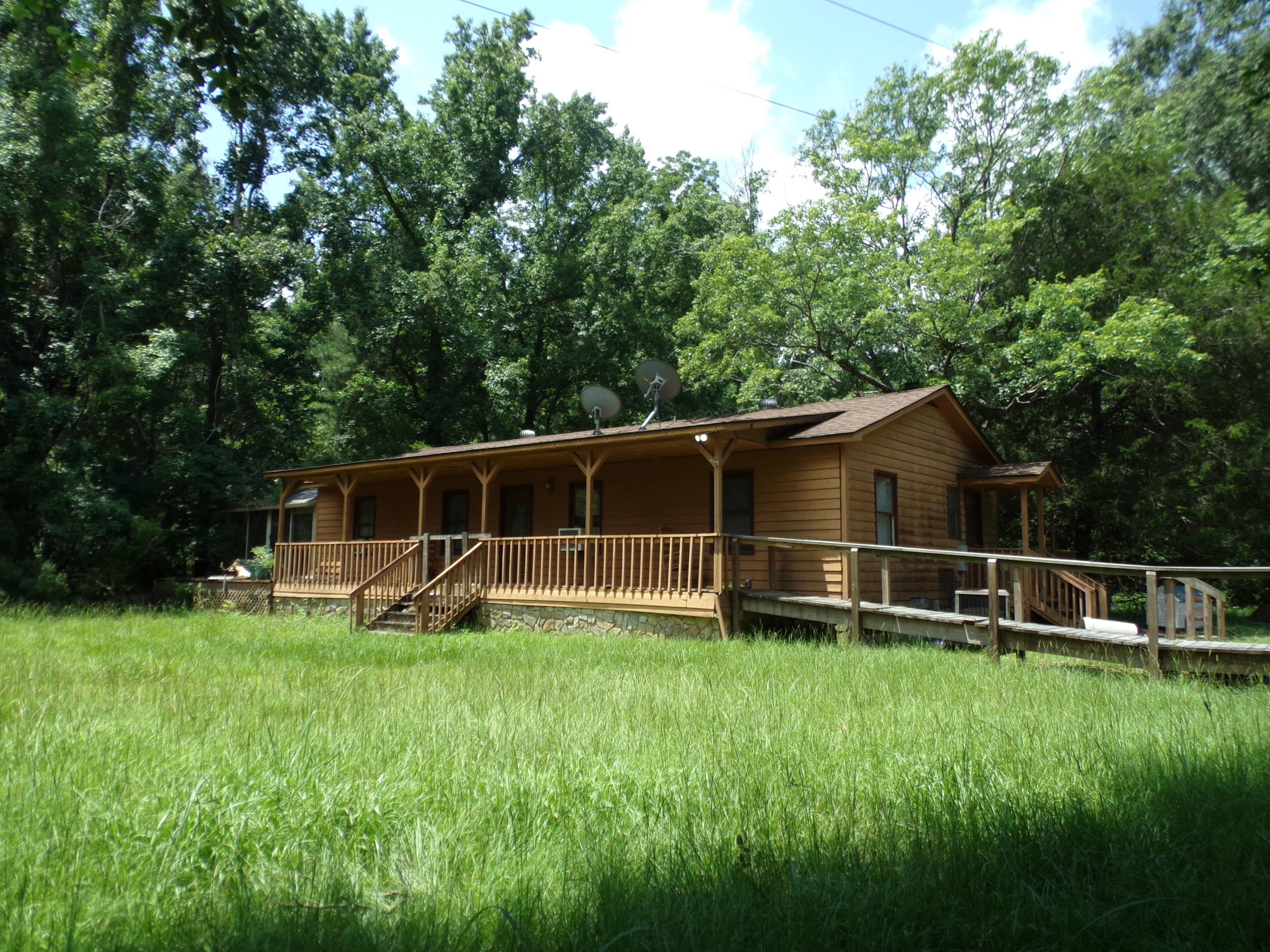 4664 Woodville Road Awendaw, SC 29429