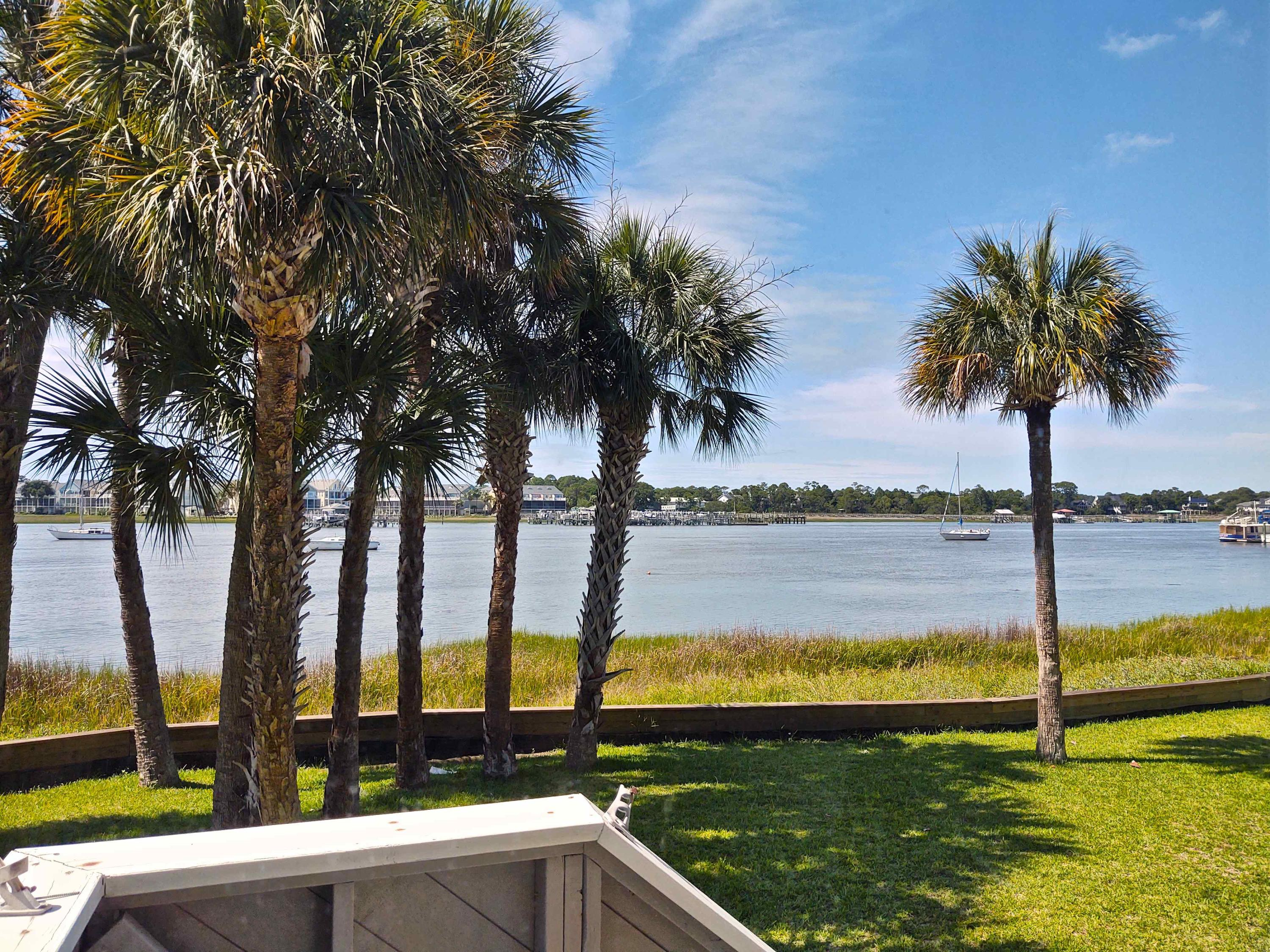 Mariners Cay Homes For Sale - 22 Mariners Cay, Folly Beach, SC - 41