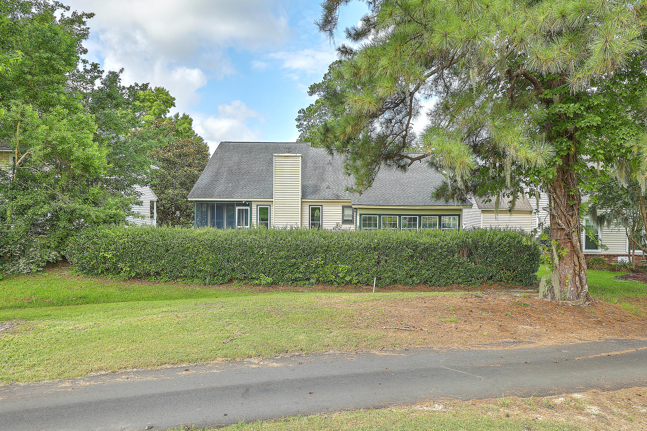 Shadowmoss Homes For Sale - 22 Three Pence, Charleston, SC - 8