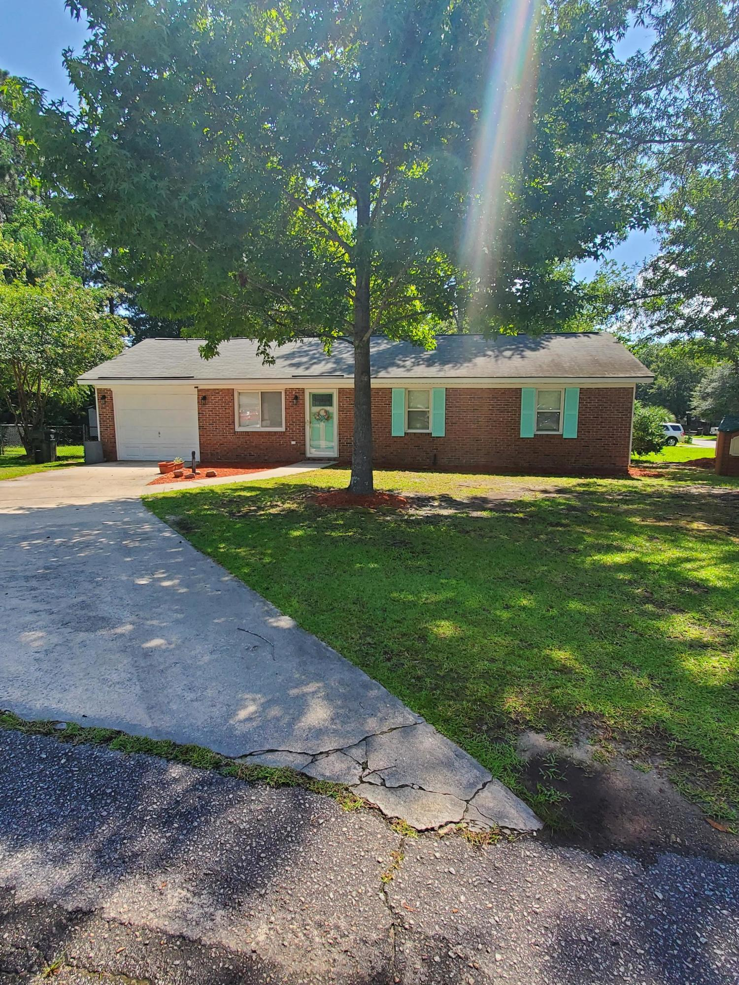 100 Pine Court Summerville, SC 29486