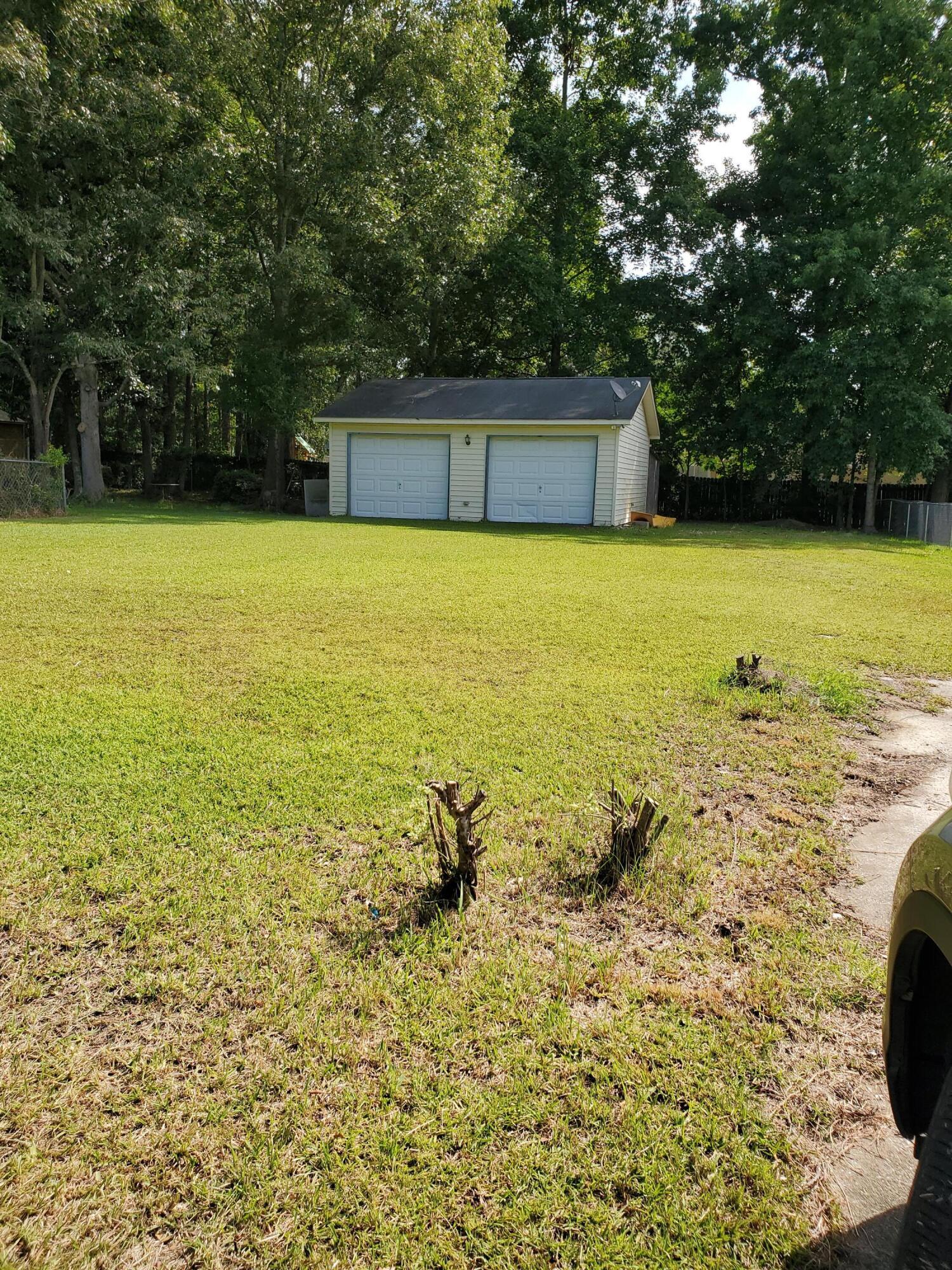 108 Pine Court Summerville, SC 29486