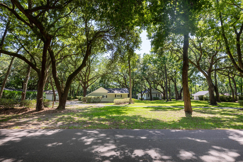 1433 Hale Road Mount Pleasant, SC 29464