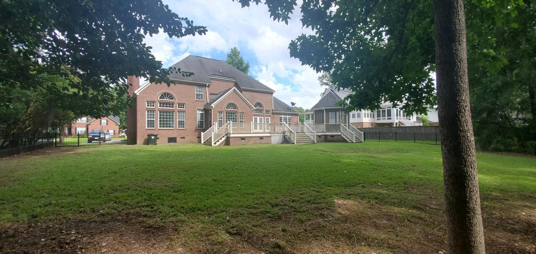 5485 Clearview Drive North Charleston, SC 29420