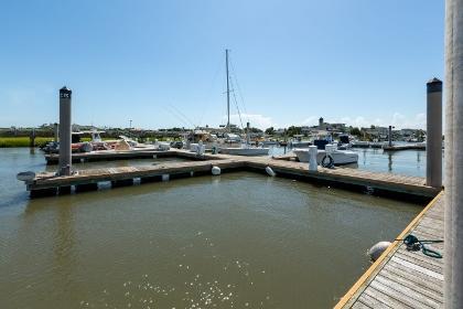 3605 Bay Point Drive Edisto Island, SC 29438