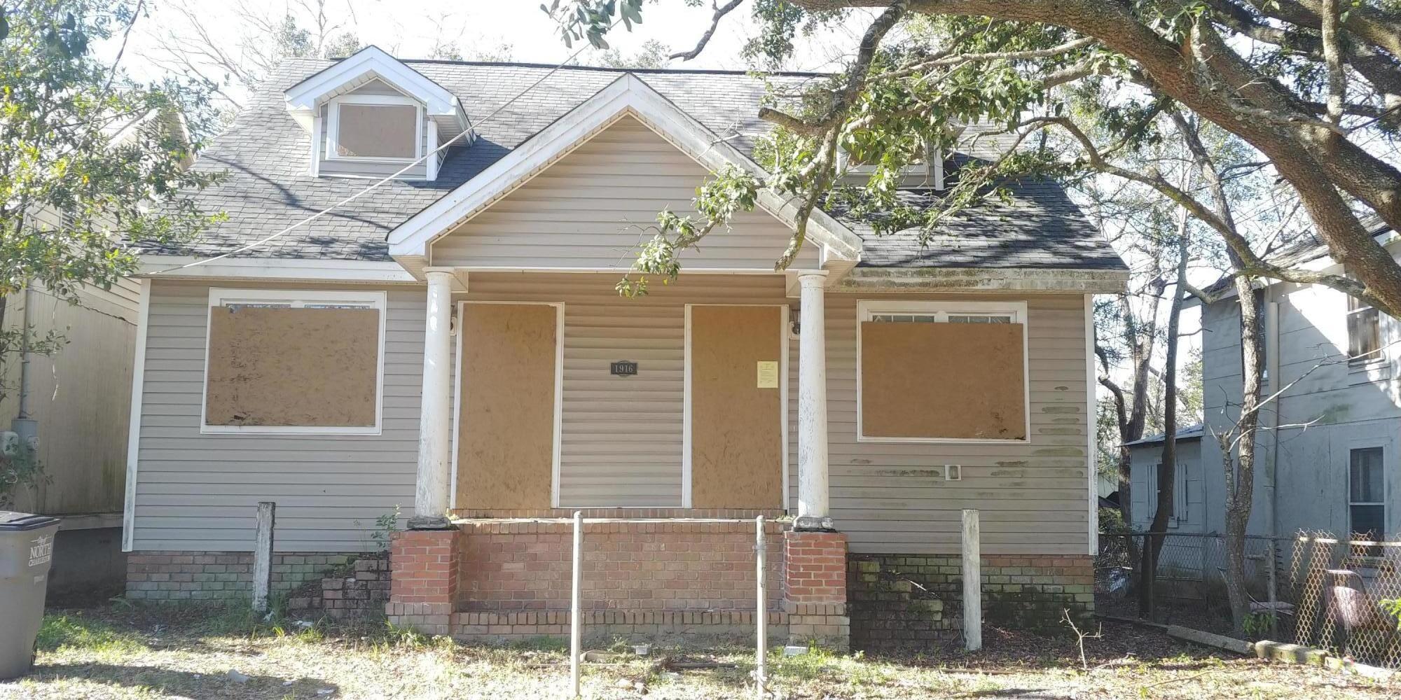 1916 Baxter Street North Charleston, SC 29405