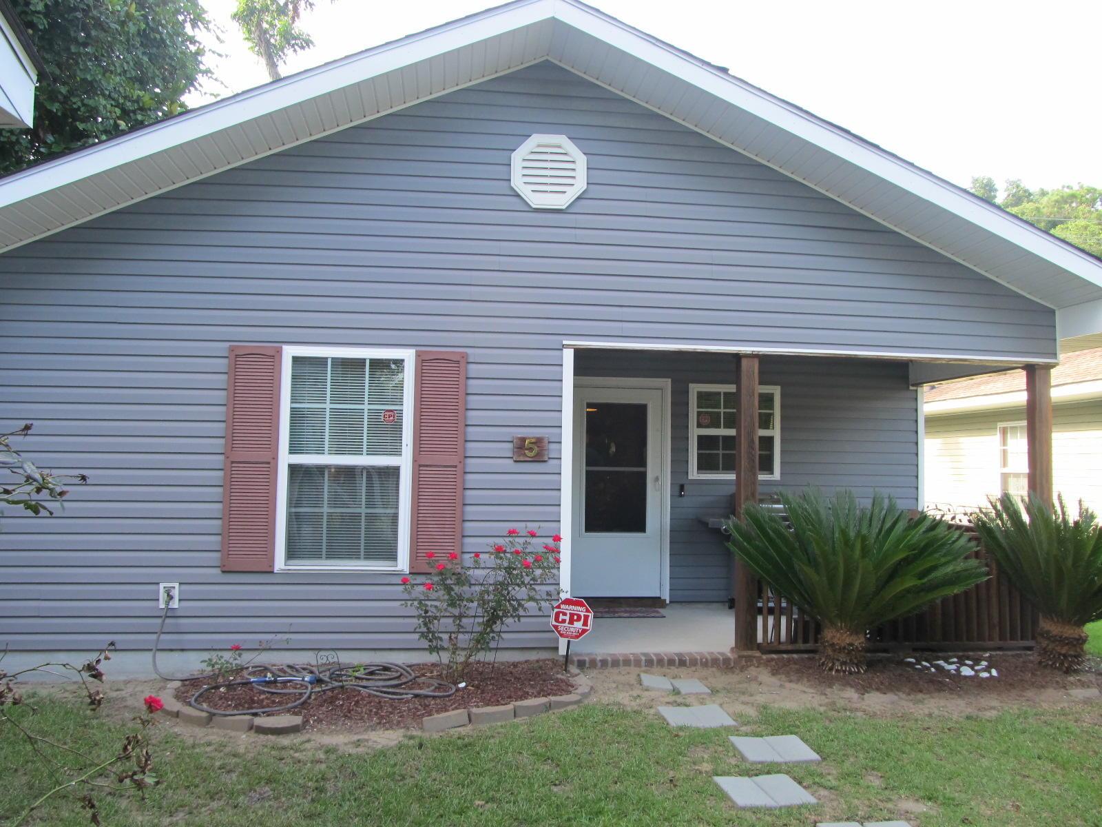 5 Laurel Leaf Lane Charleston, SC 29412