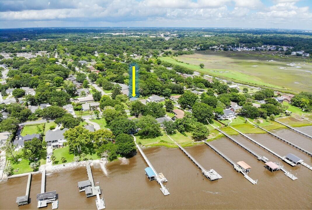 2250 Lazy River Drive Charleston, SC 29414