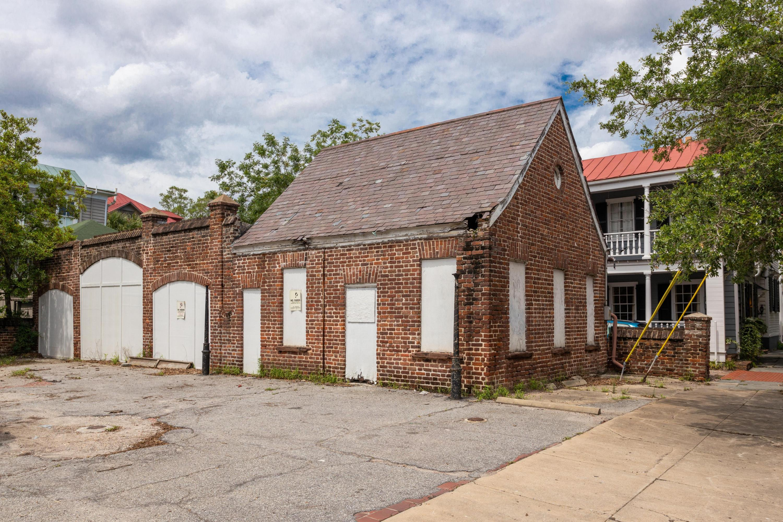 80 Ashley Avenue Charleston, SC 29401
