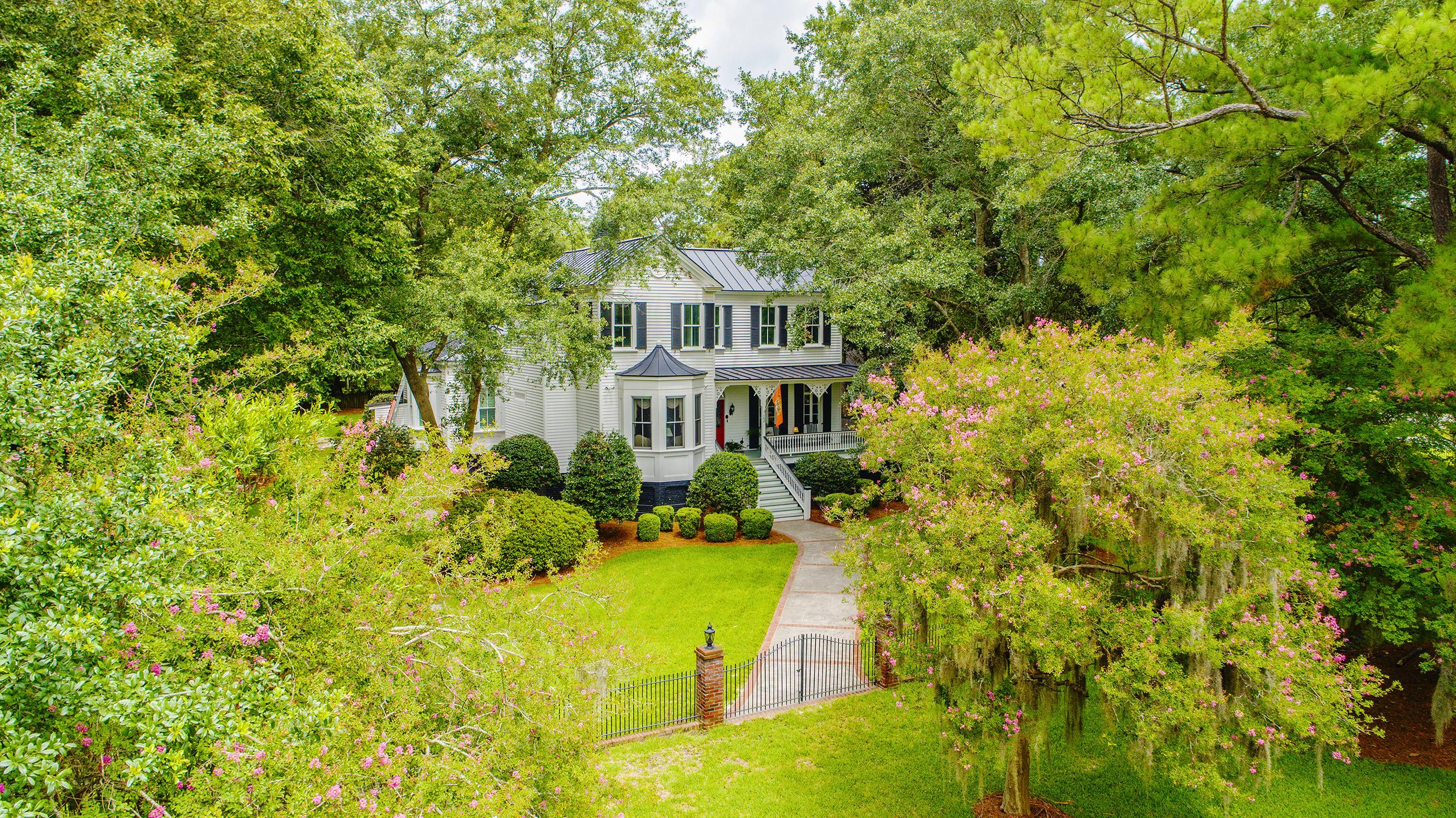 Summerville Homes For Sale - 102 Hickory, Summerville, SC - 30
