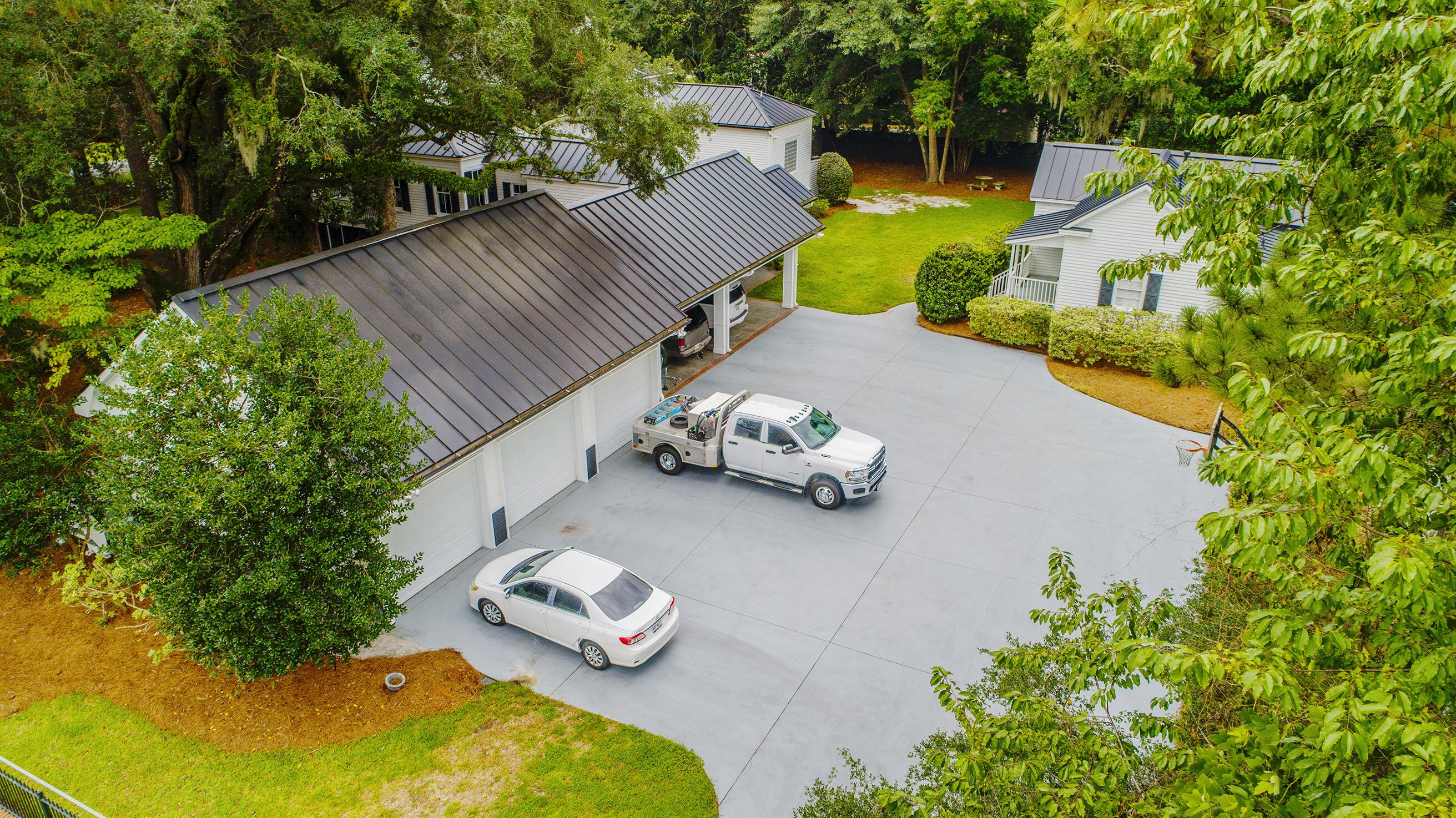 Summerville Homes For Sale - 102 Hickory, Summerville, SC - 66