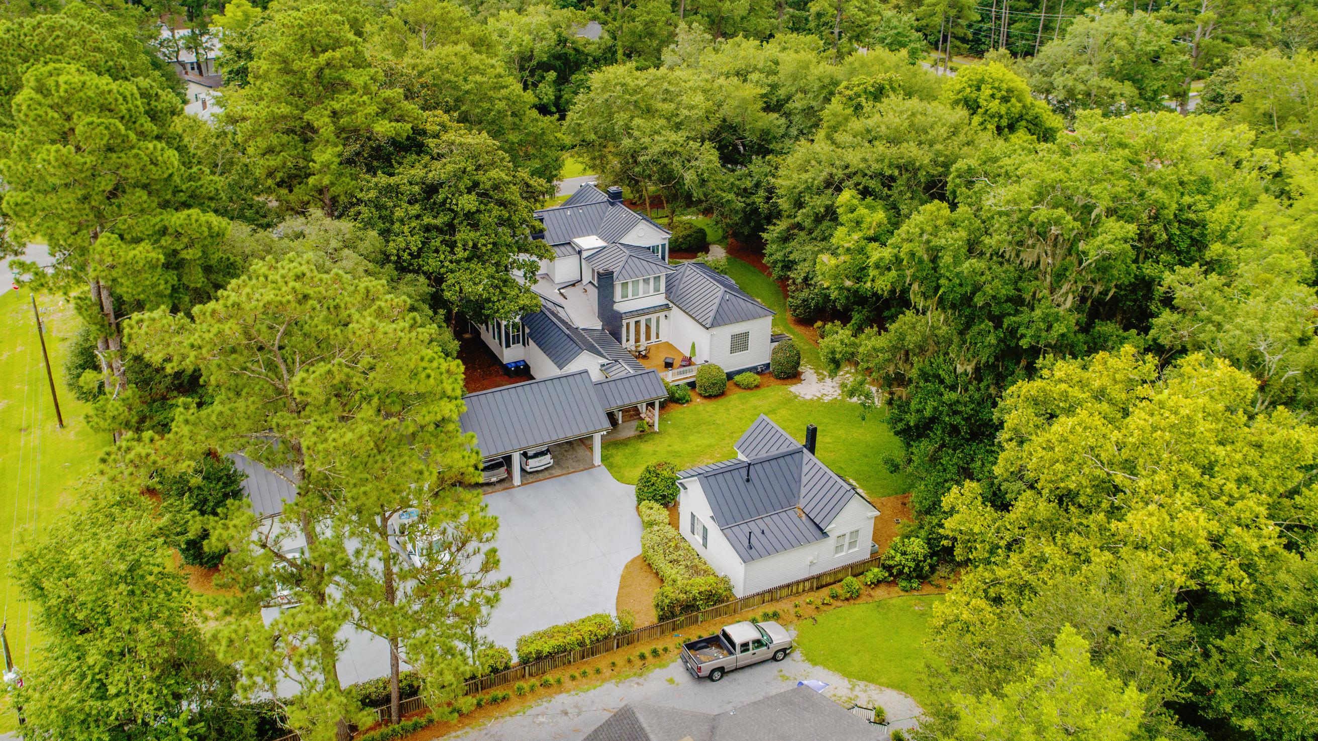 Summerville Homes For Sale - 102 Hickory, Summerville, SC - 63