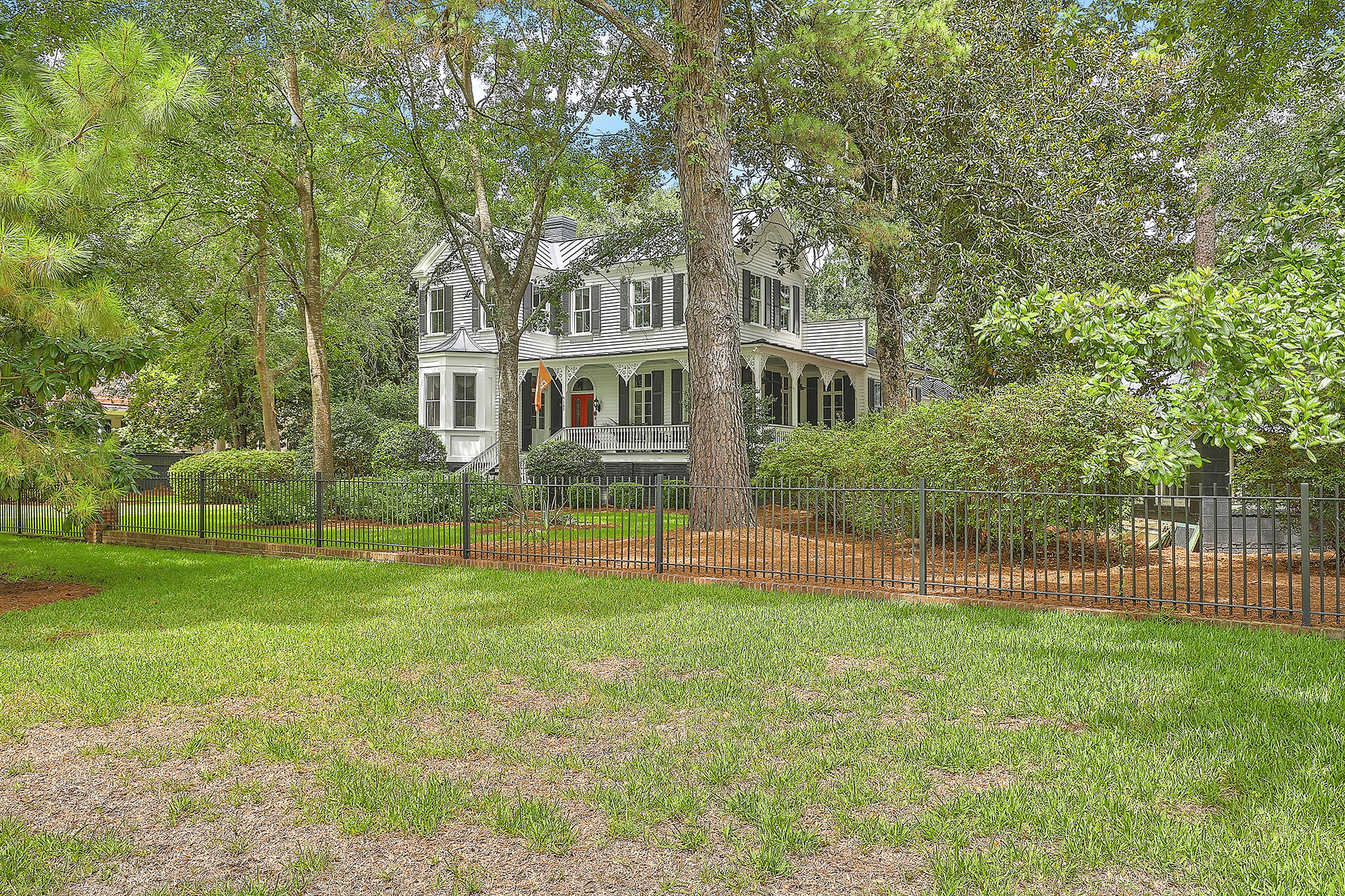 Summerville Homes For Sale - 102 Hickory, Summerville, SC - 31
