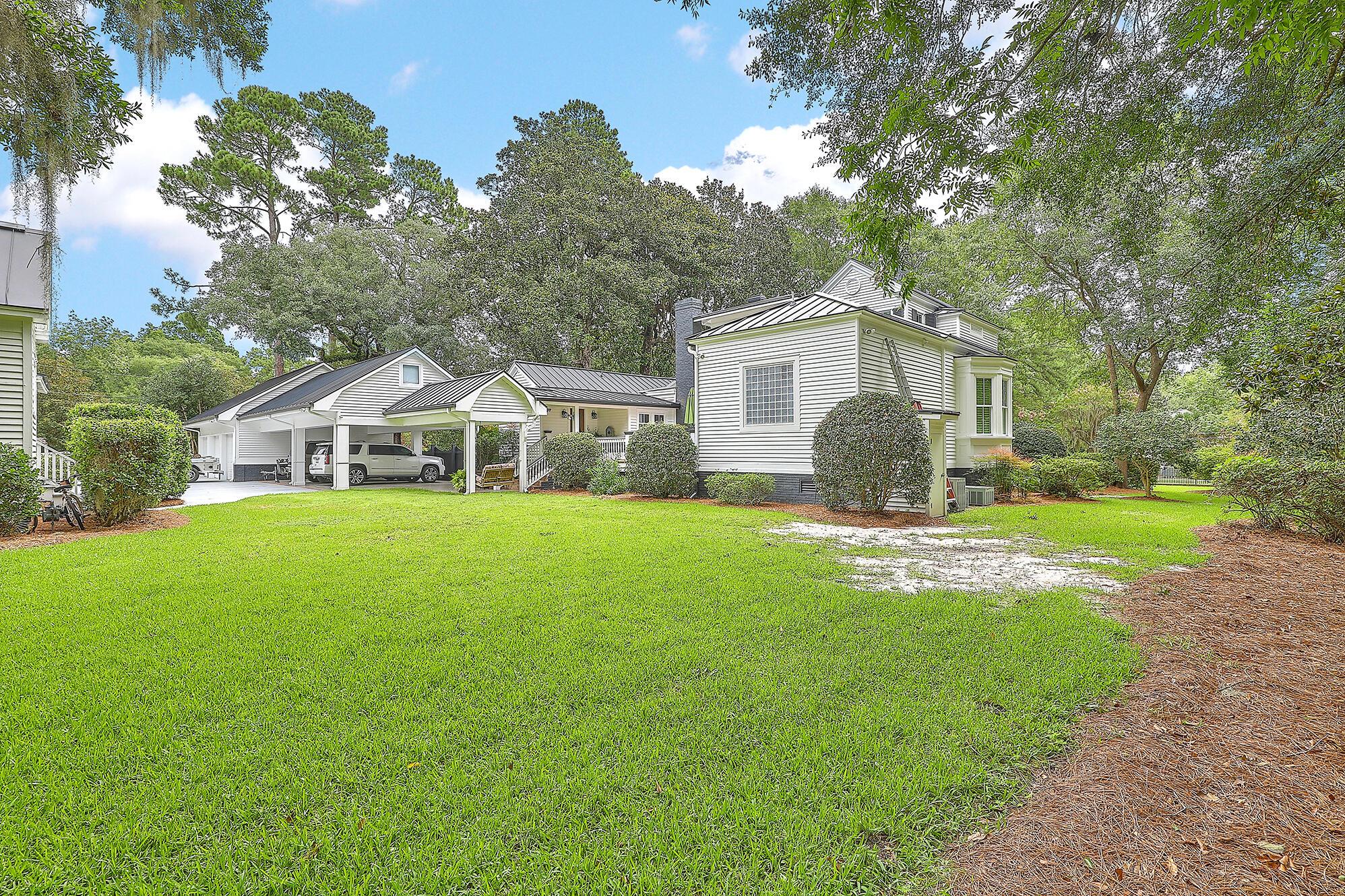 Summerville Homes For Sale - 102 Hickory, Summerville, SC - 19