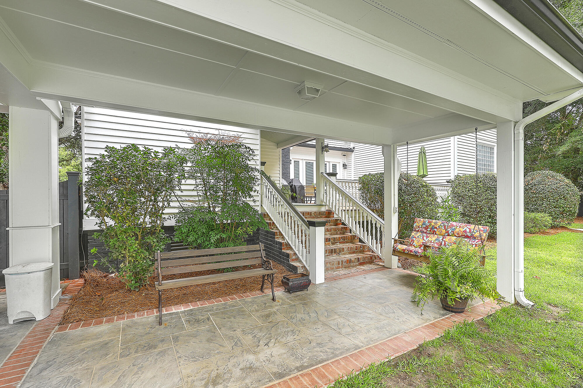Summerville Homes For Sale - 102 Hickory, Summerville, SC - 89