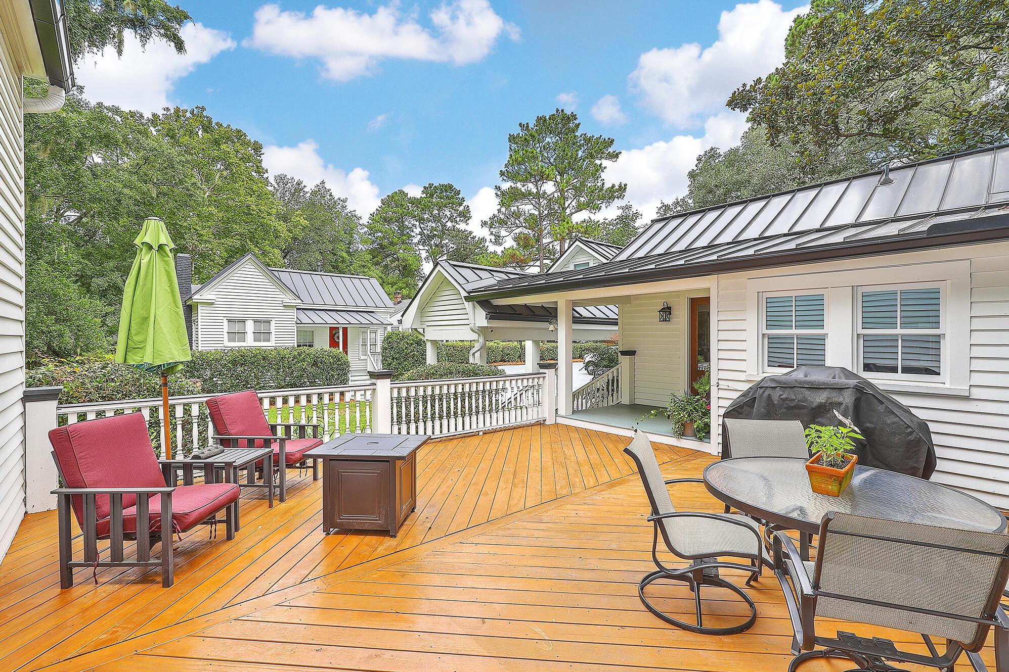 Summerville Homes For Sale - 102 Hickory, Summerville, SC - 23
