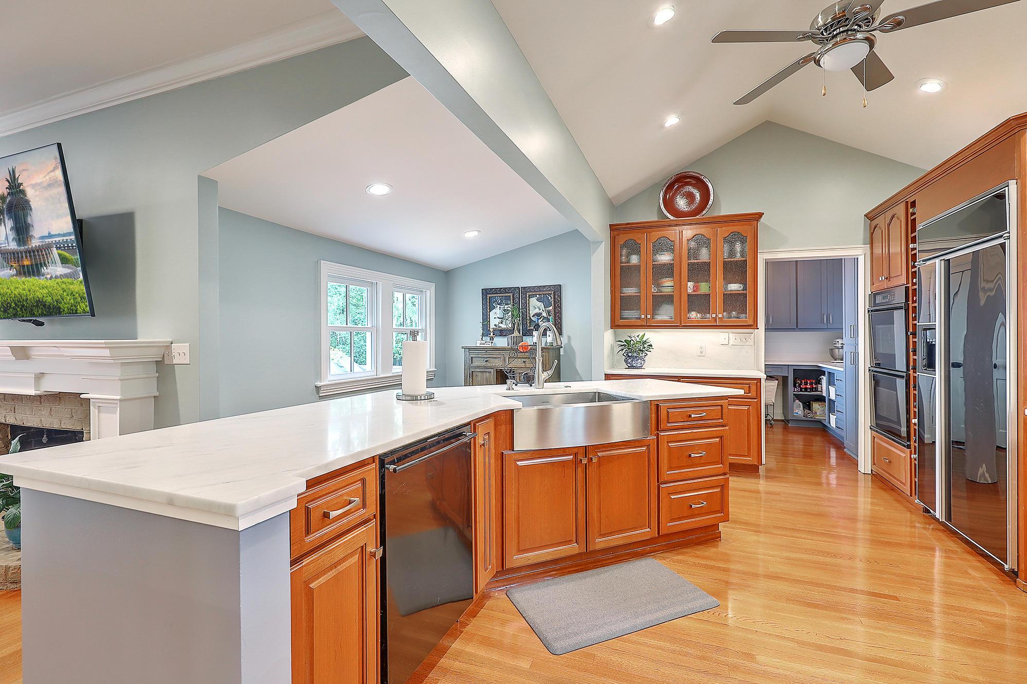 Summerville Homes For Sale - 102 Hickory, Summerville, SC - 50