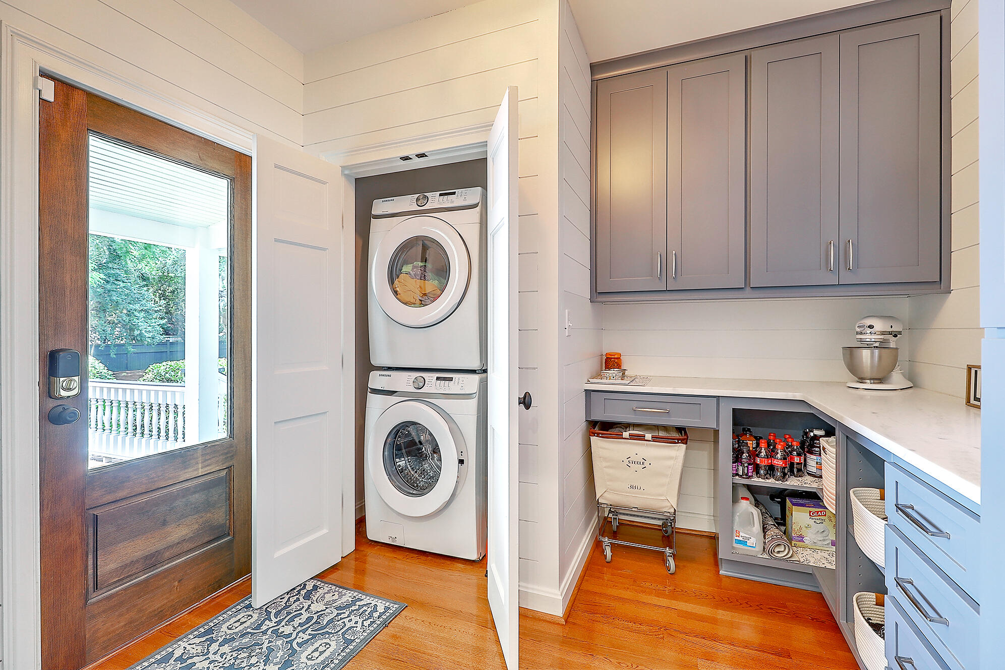 Summerville Homes For Sale - 102 Hickory, Summerville, SC - 54