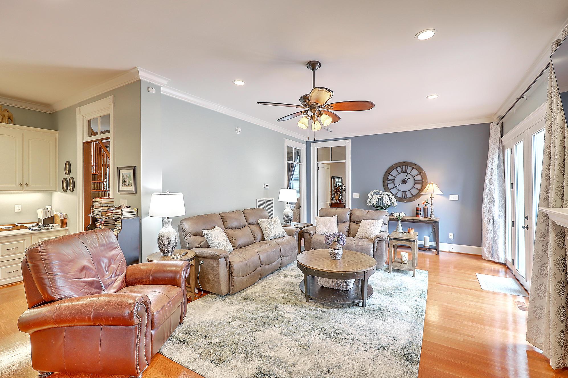 Summerville Homes For Sale - 102 Hickory, Summerville, SC - 60
