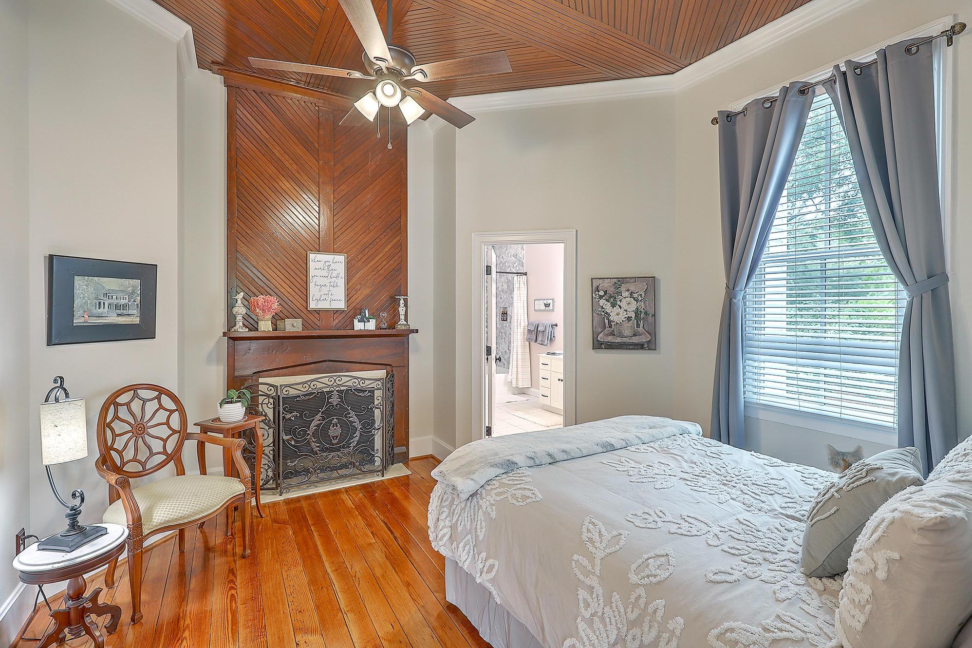 Summerville Homes For Sale - 102 Hickory, Summerville, SC - 25
