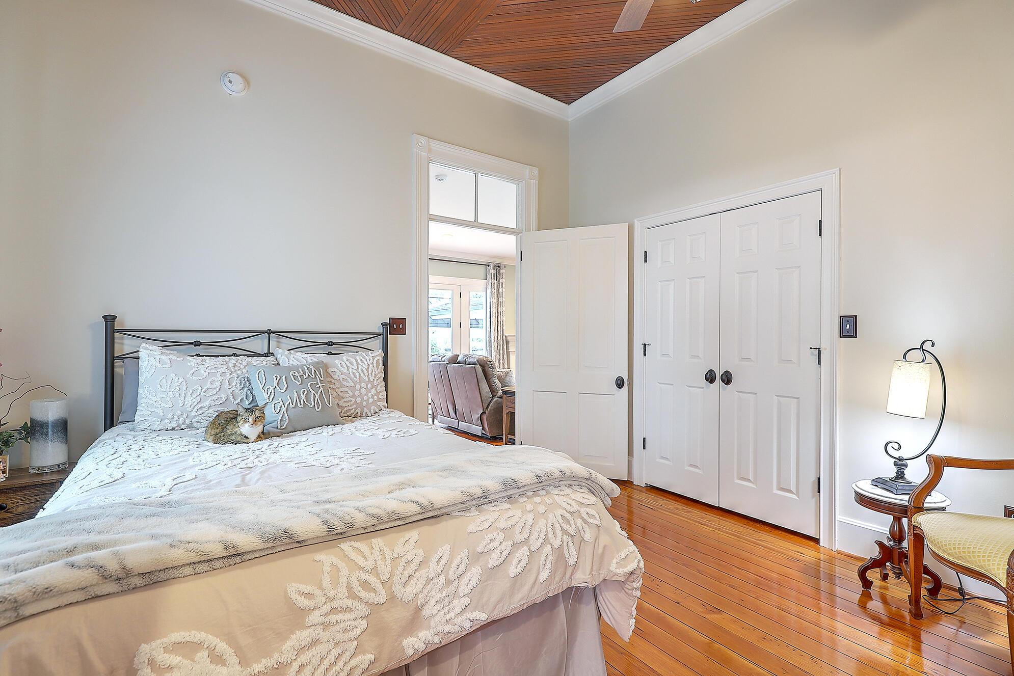 Summerville Homes For Sale - 102 Hickory, Summerville, SC - 24