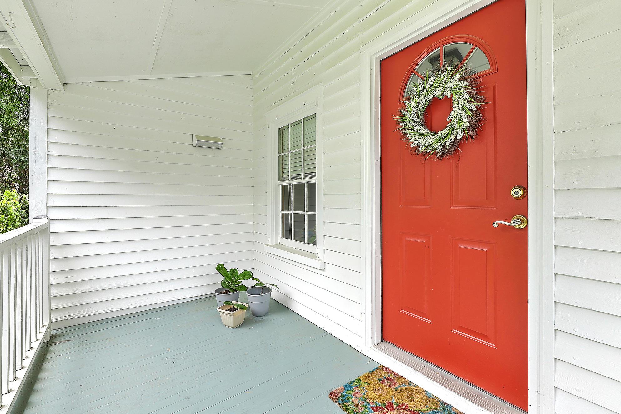 Summerville Homes For Sale - 102 Hickory, Summerville, SC - 16
