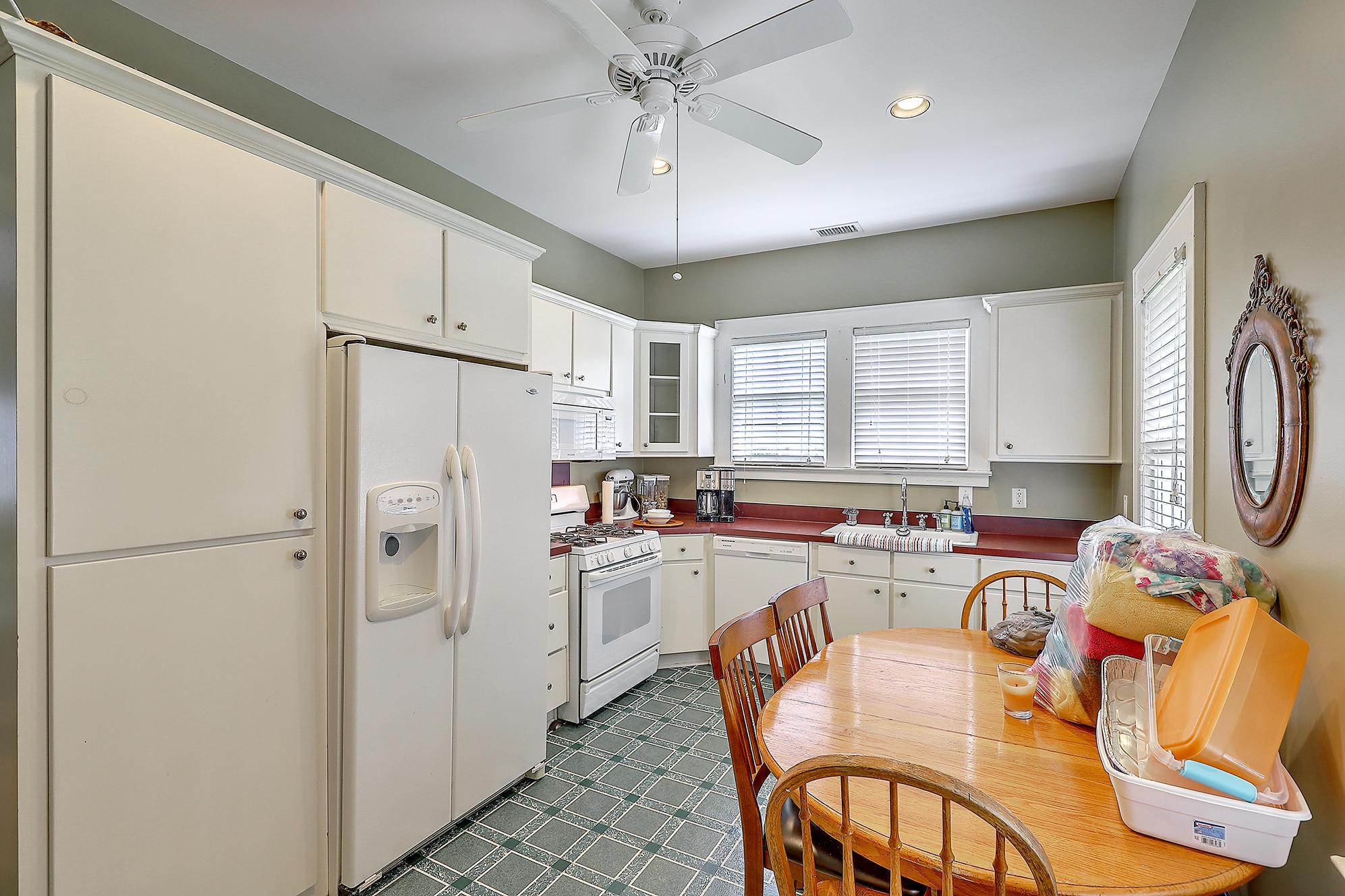 Summerville Homes For Sale - 102 Hickory, Summerville, SC - 2
