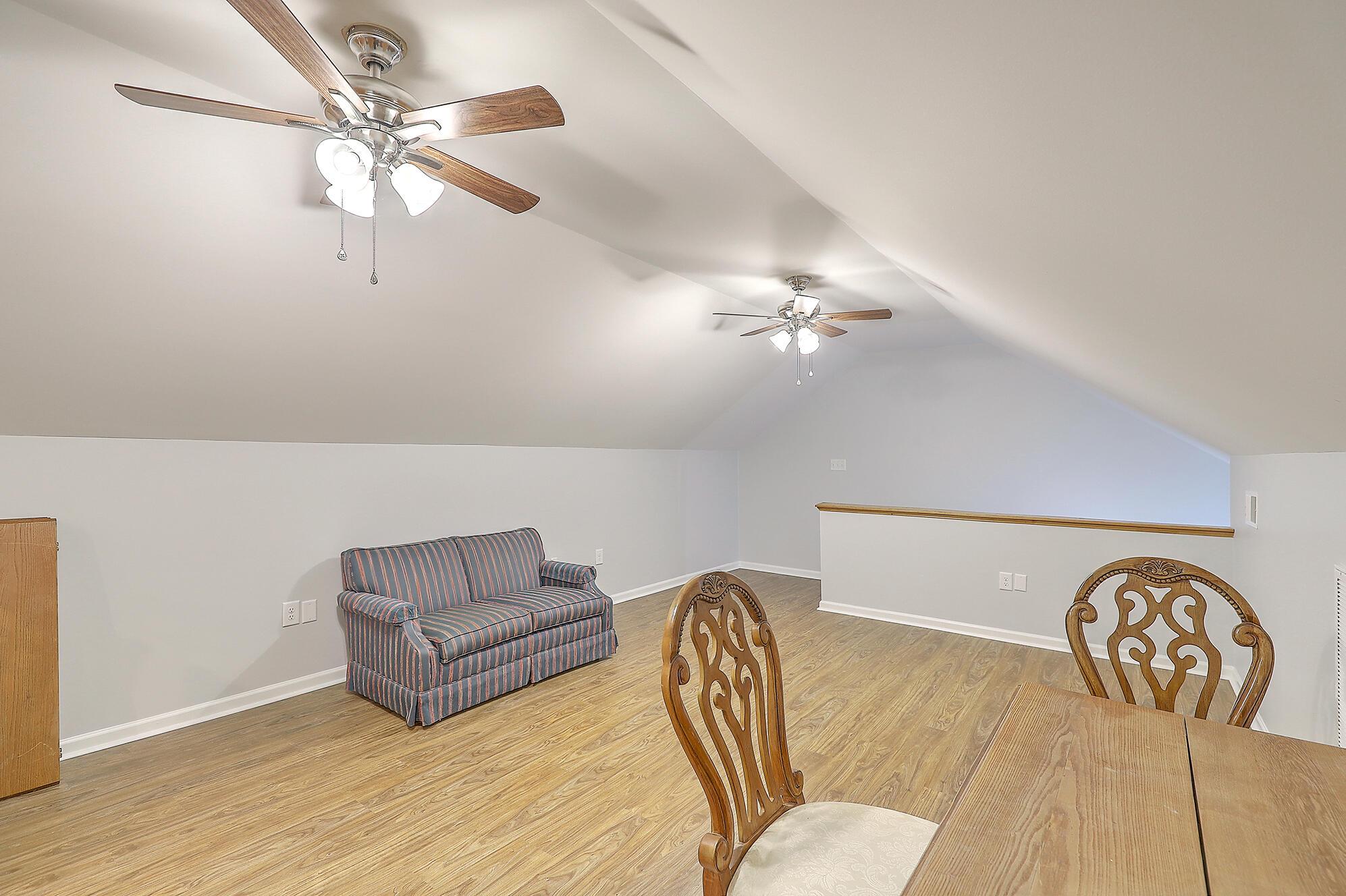 Summerville Homes For Sale - 102 Hickory, Summerville, SC - 82
