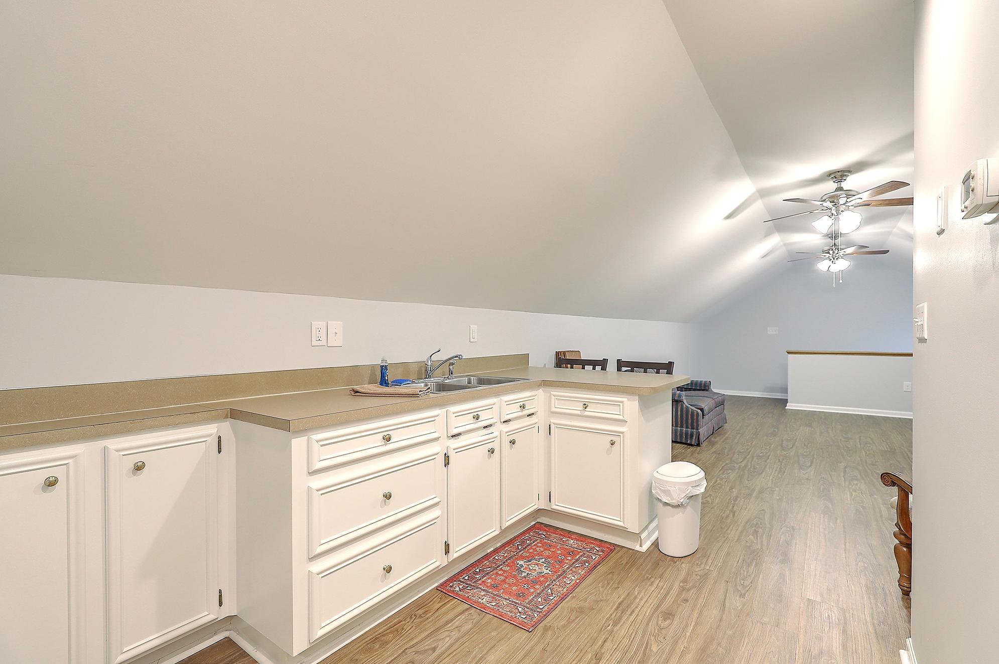 Summerville Homes For Sale - 102 Hickory, Summerville, SC - 80