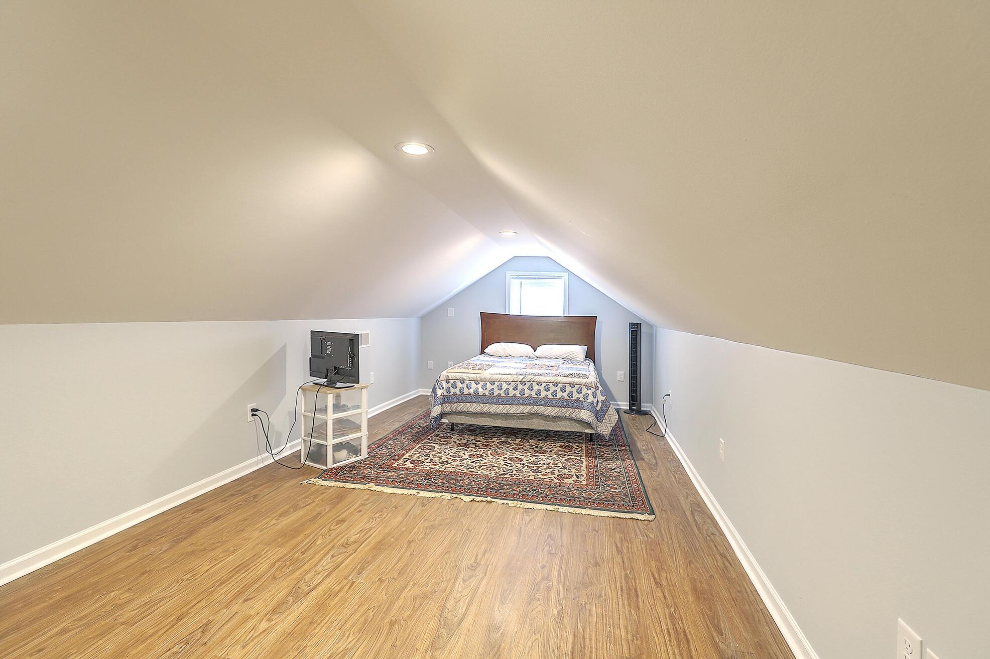 Summerville Homes For Sale - 102 Hickory, Summerville, SC - 75