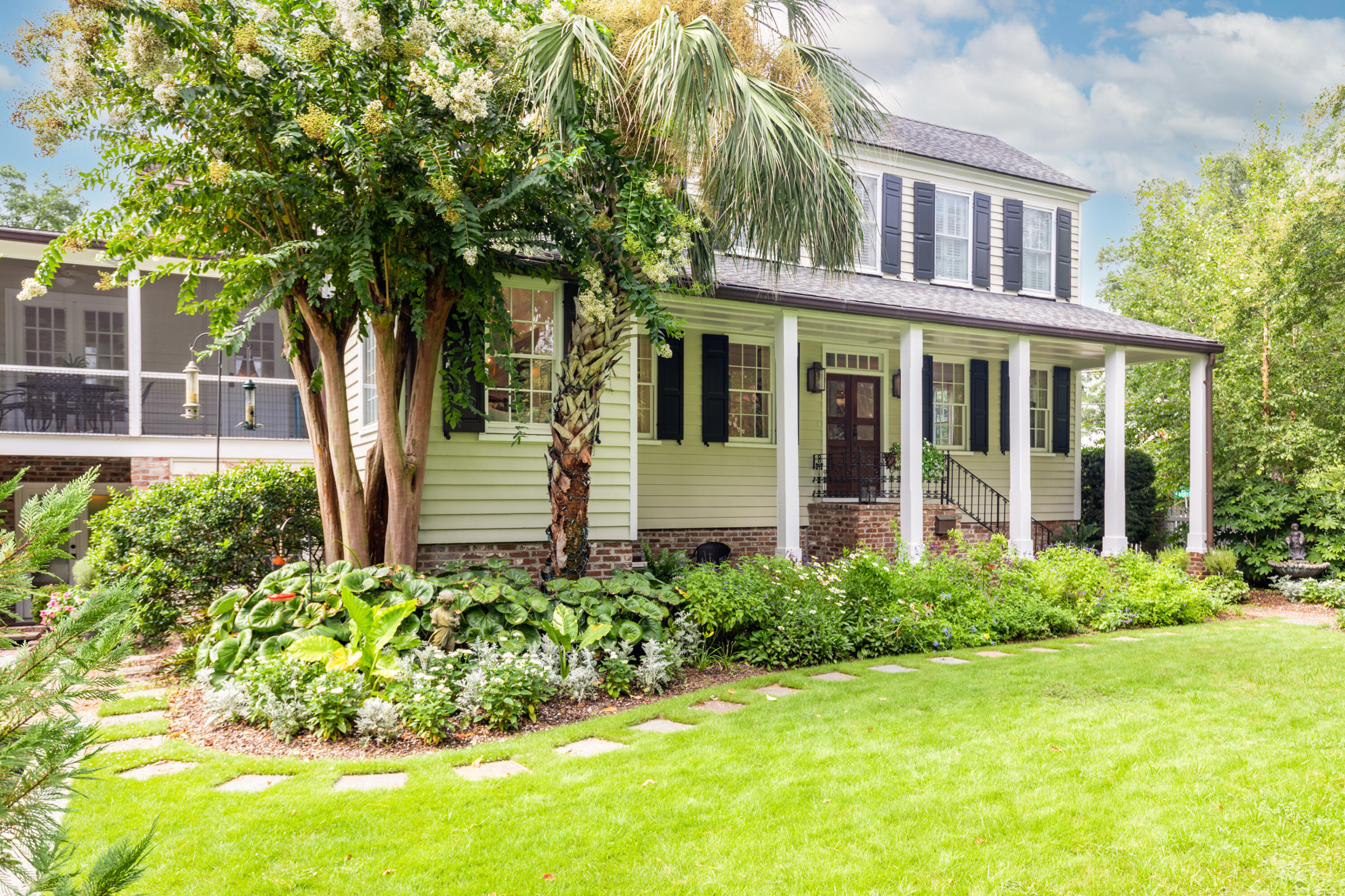 Old Village Homes For Sale - 429 Whilden, Mount Pleasant, SC - 2