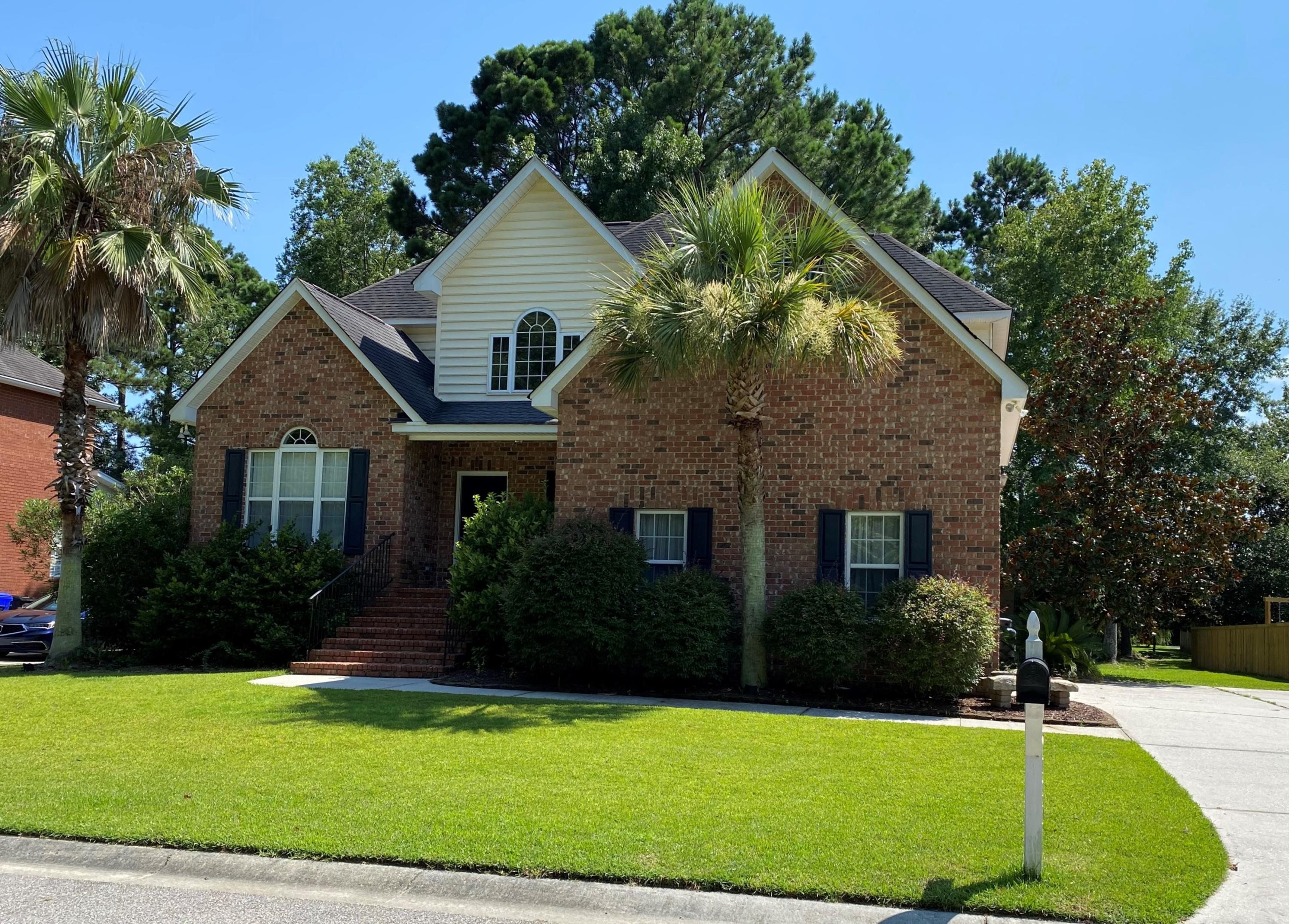 Absolutely beautiful home in great community within Rivertowne Plantation. Lovely brick built residence is full of amenities and has ample space for today's  family,  Large entry foyer/hall; living room, dining room, extra large family room, well-equipped kitchen on first floor, as well as large utility room, powder room, and deluxe master suite with double vanity, jetted tub, separate shower, huge WIC.  Upstairs has 3 large bedrooms and plenty of attic storage.  A warm and inviting screened porch on the back is excellent for entertaining..  The 2 car attached garage has space for 2 modern vehicles.  This is a very friendly community located in North Mt. Pleasant.  Great schools service this area.  Home is vacant and easy to show.