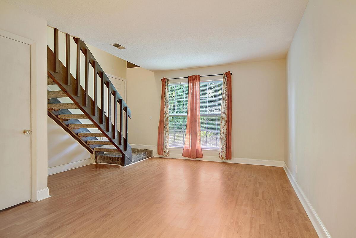 Melrose Park Townhomes Homes For Sale - 2494 Etiwan, Charleston, SC - 1