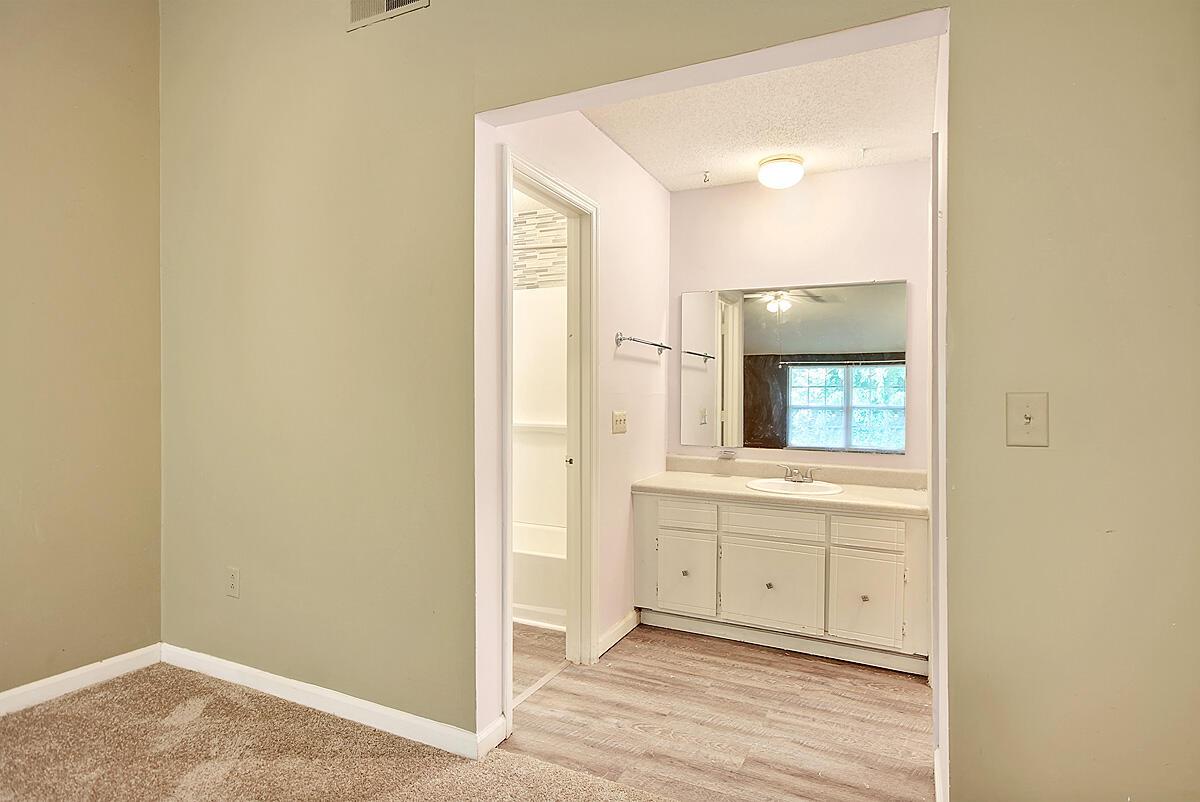 Melrose Park Townhomes Homes For Sale - 2494 Etiwan, Charleston, SC - 7