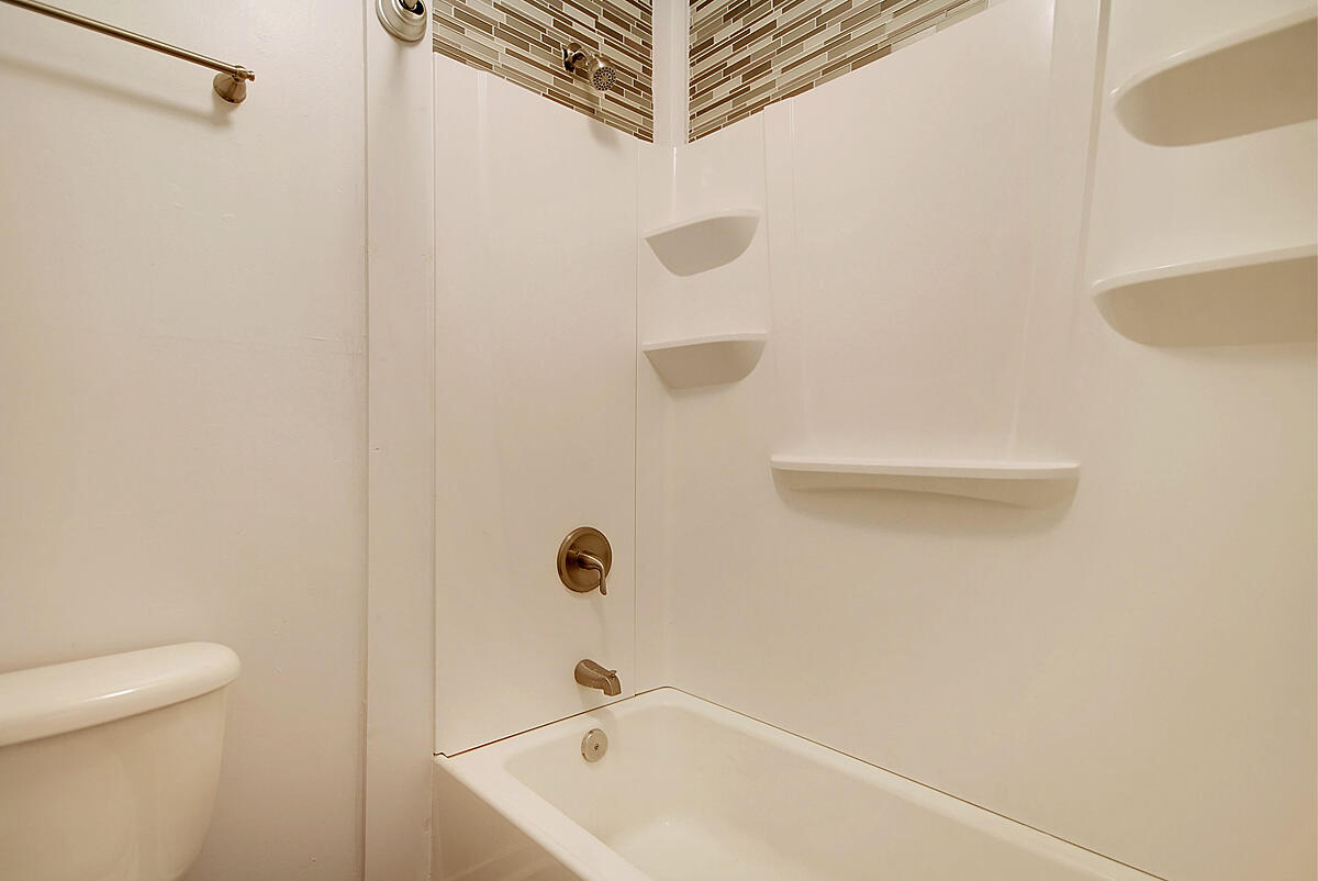 Melrose Park Townhomes Homes For Sale - 2494 Etiwan, Charleston, SC - 8