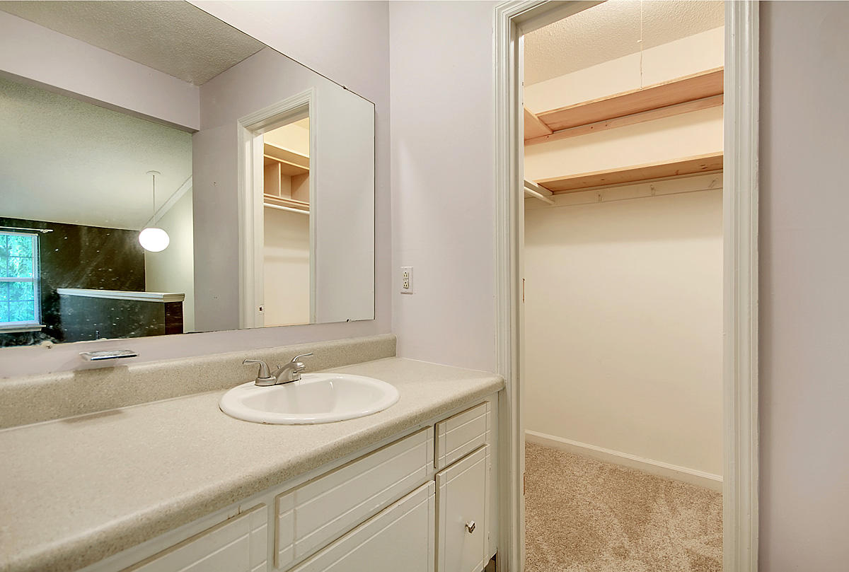 Melrose Park Townhomes Homes For Sale - 2494 Etiwan, Charleston, SC - 10